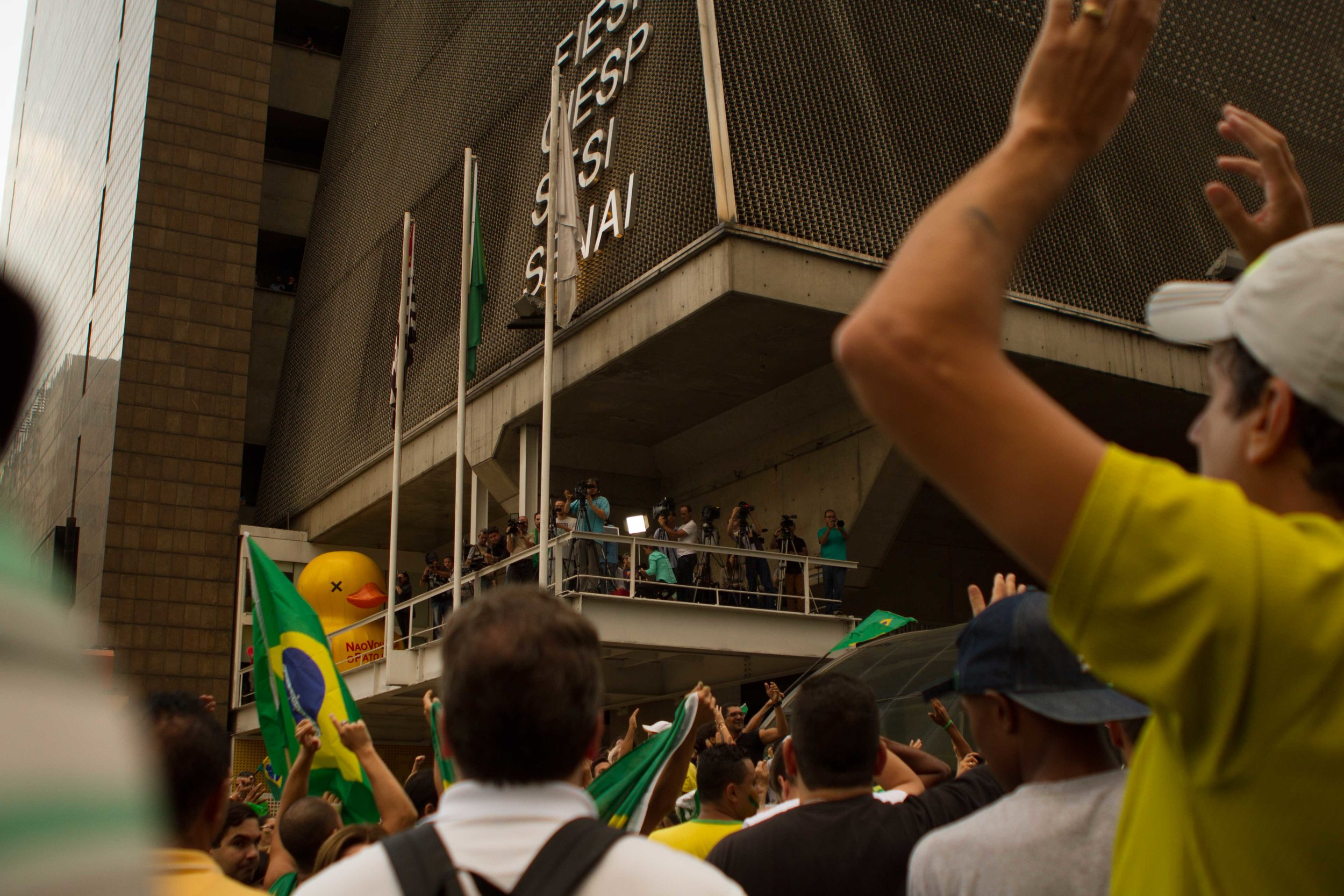 Sao-Paulo-protests-Huck-14.jpg