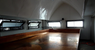 The coolship at Uerige. They also use a baudelot chiller.