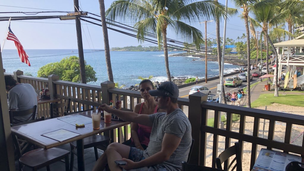 Started my year off by turning 50. (😬) I celebrated by visiting the Big Island, where I went to pubs like this one with no walls. (😀)