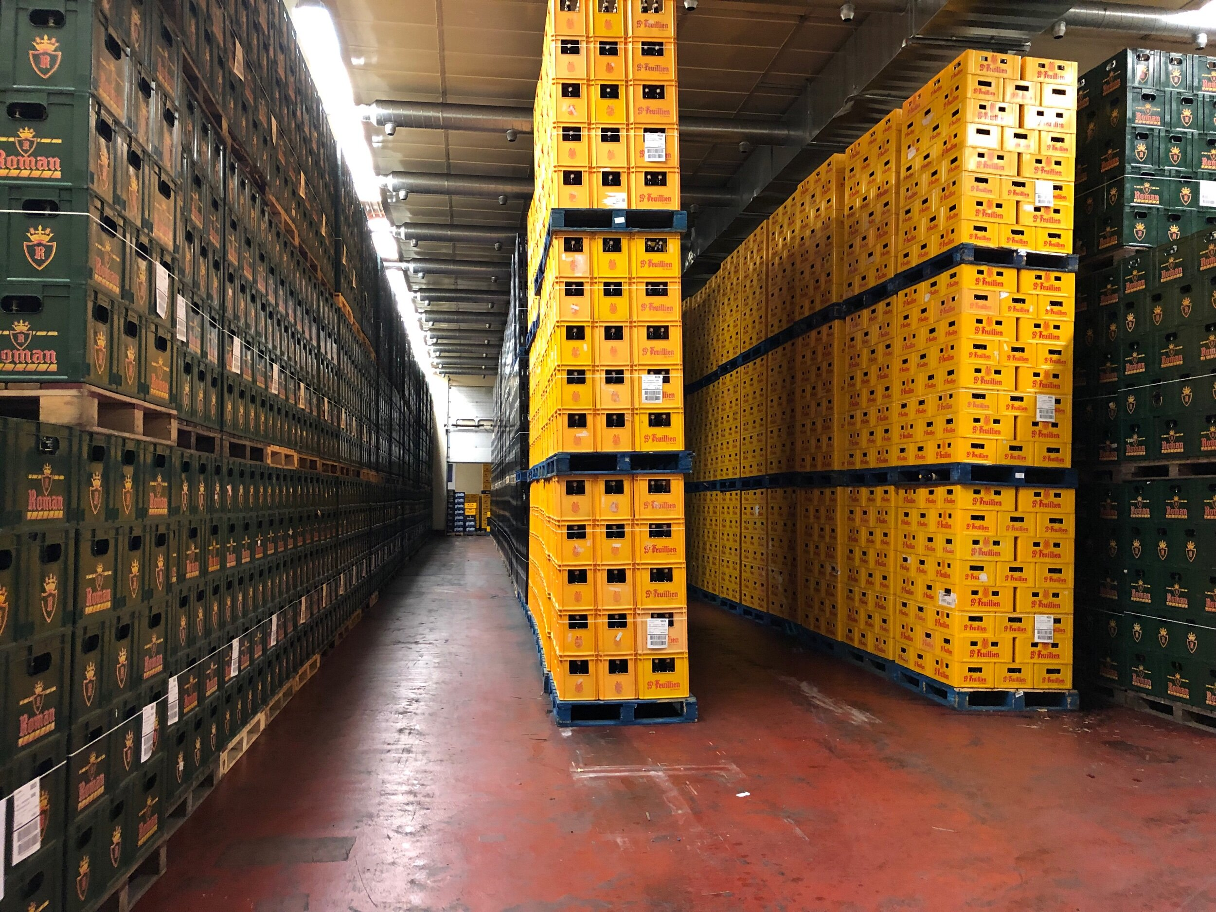 Giant warm room. (The brewery makes about 100,000 hectoliters.) They do the packaging for St. Feuillien, which is why you see those crates in yellow.