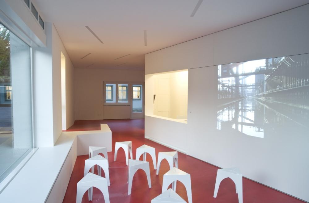 Architektur_offizin-a_Kyeni S. Mbiti_Projekte_Kultur_Trottoir_02.jpg
