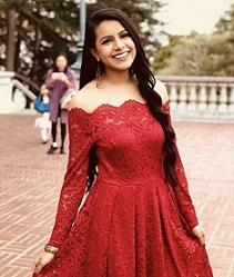 Shivani Parikh.jpeg