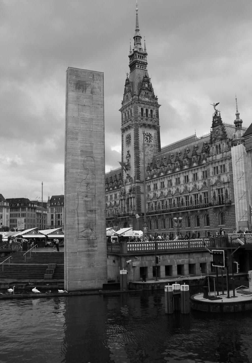 Ernst Barlach's memorial, Hamburg, photo by T. Ferenc.
