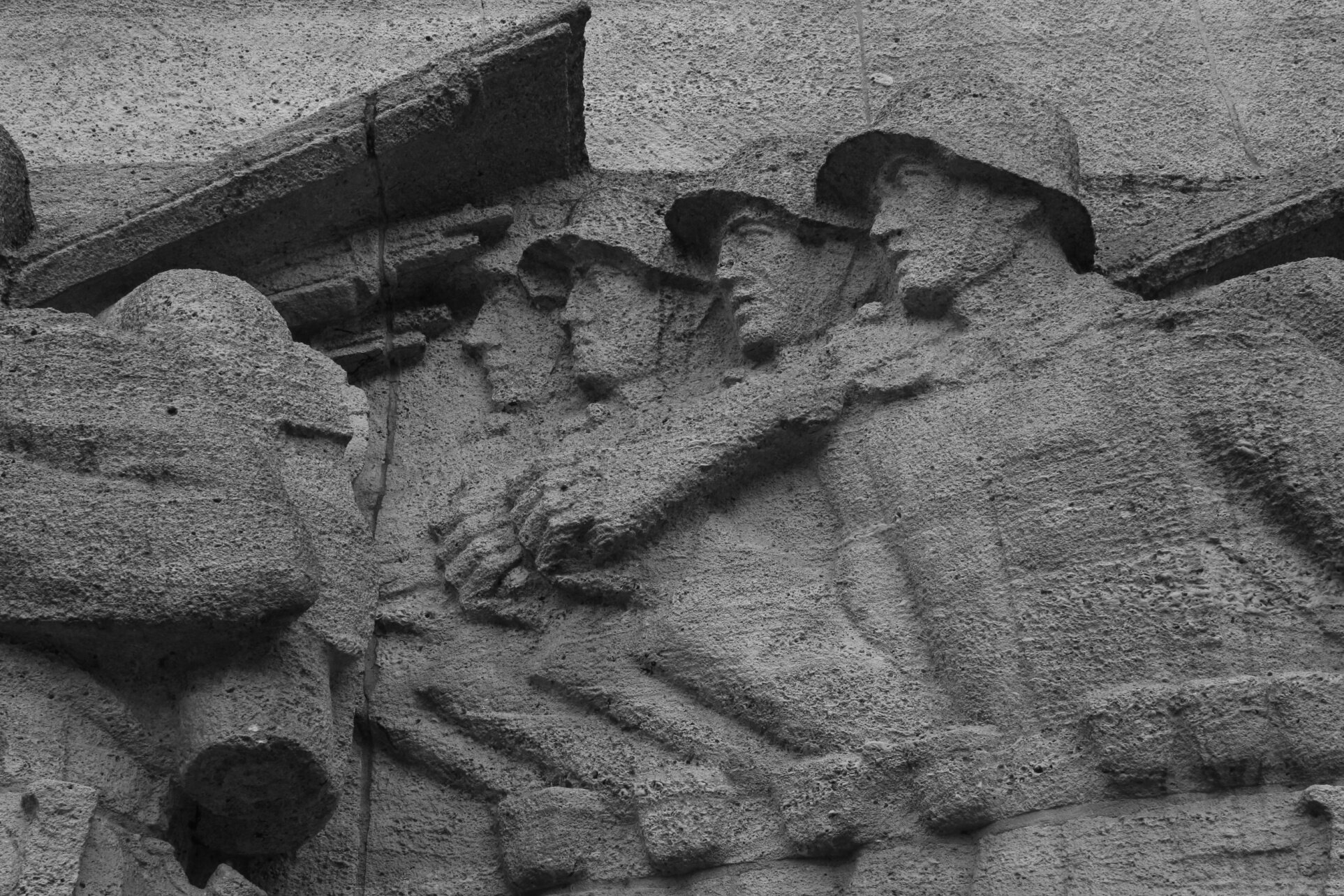 Kriegerdenkmal, Hamburg, photo by Marek Domański.