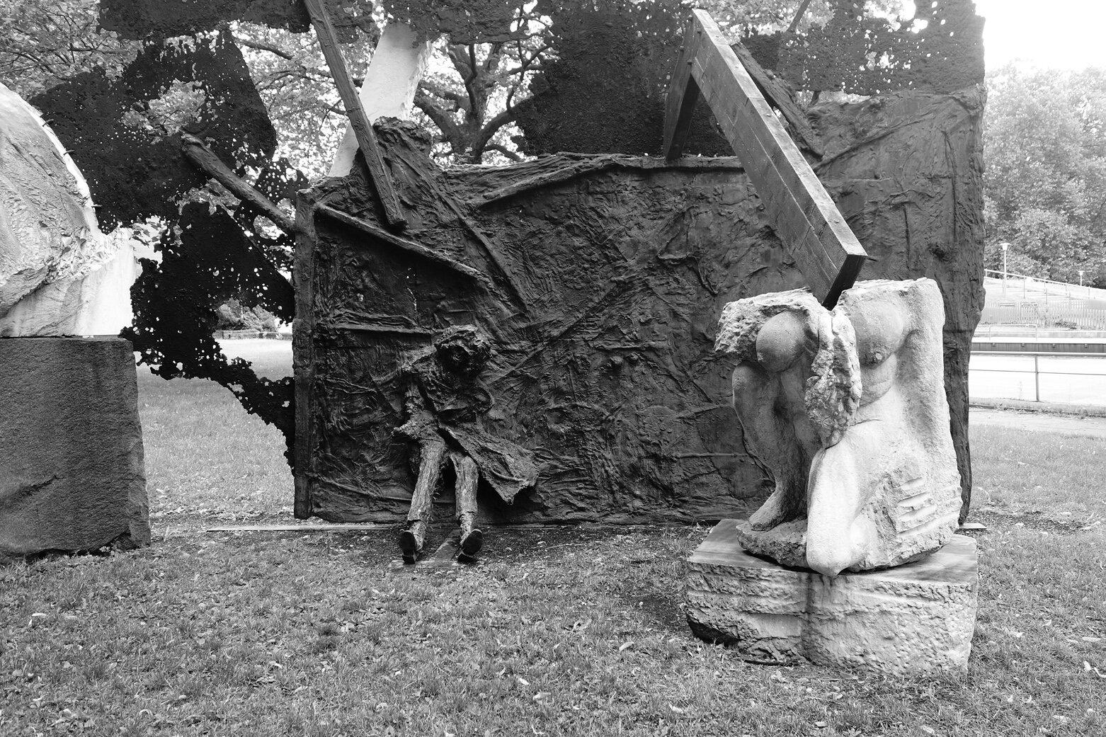 Fragment of Alfred Hrdlicka's sculpture, Hamburg, photo by Marek Domański.