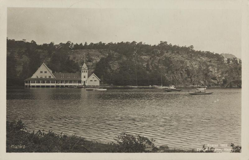 Hankø  i  Fredrikstad  kommune,  Østfold . Bildet er hentet fra Nasjonalbibliotekets bildesamling