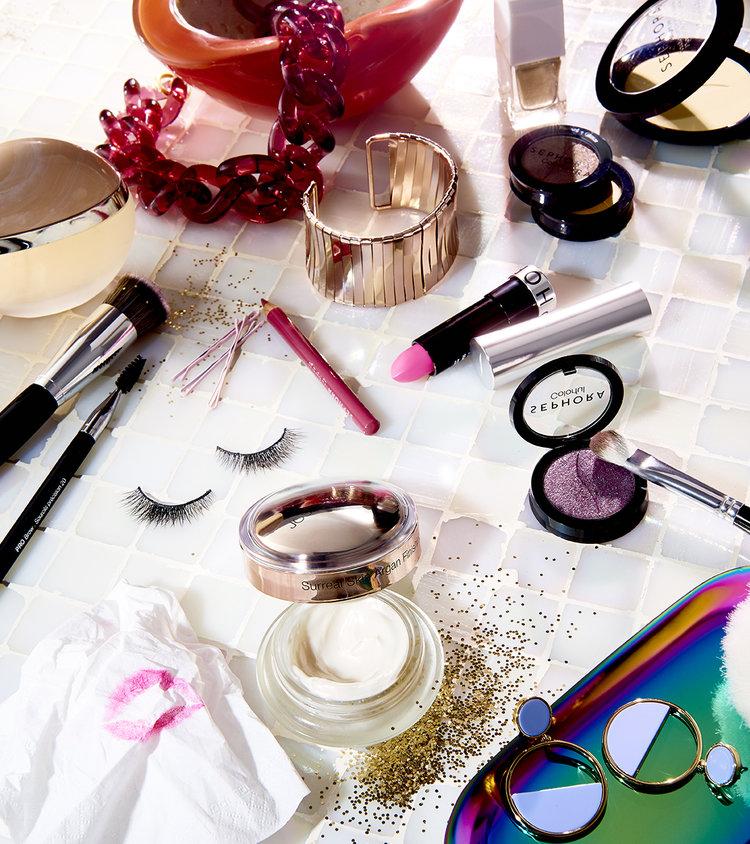 Shot+2_Makeup+Grippers_281_FINAL+copy.jpg