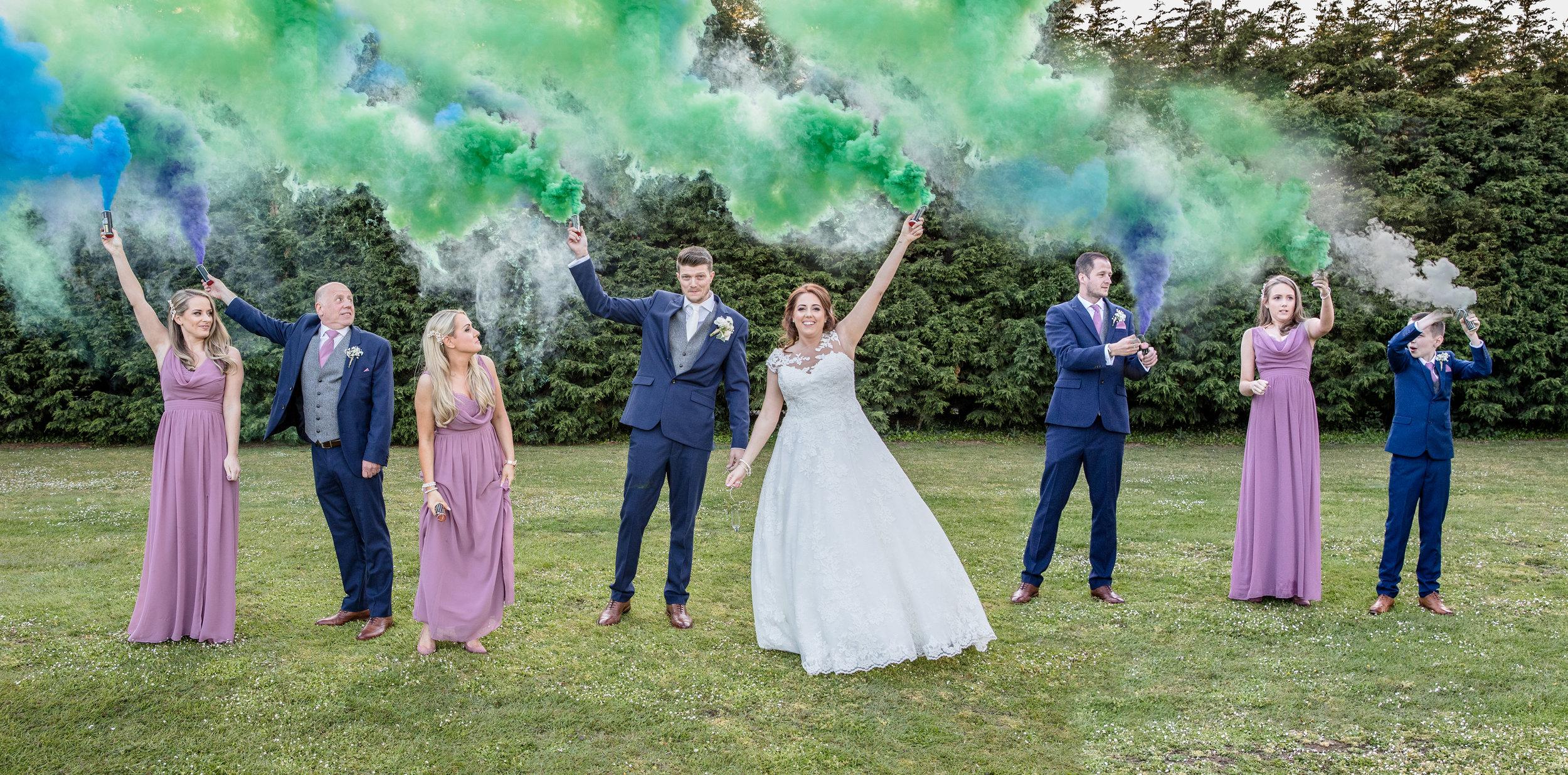 smoke-bomb-wedding.jpg
