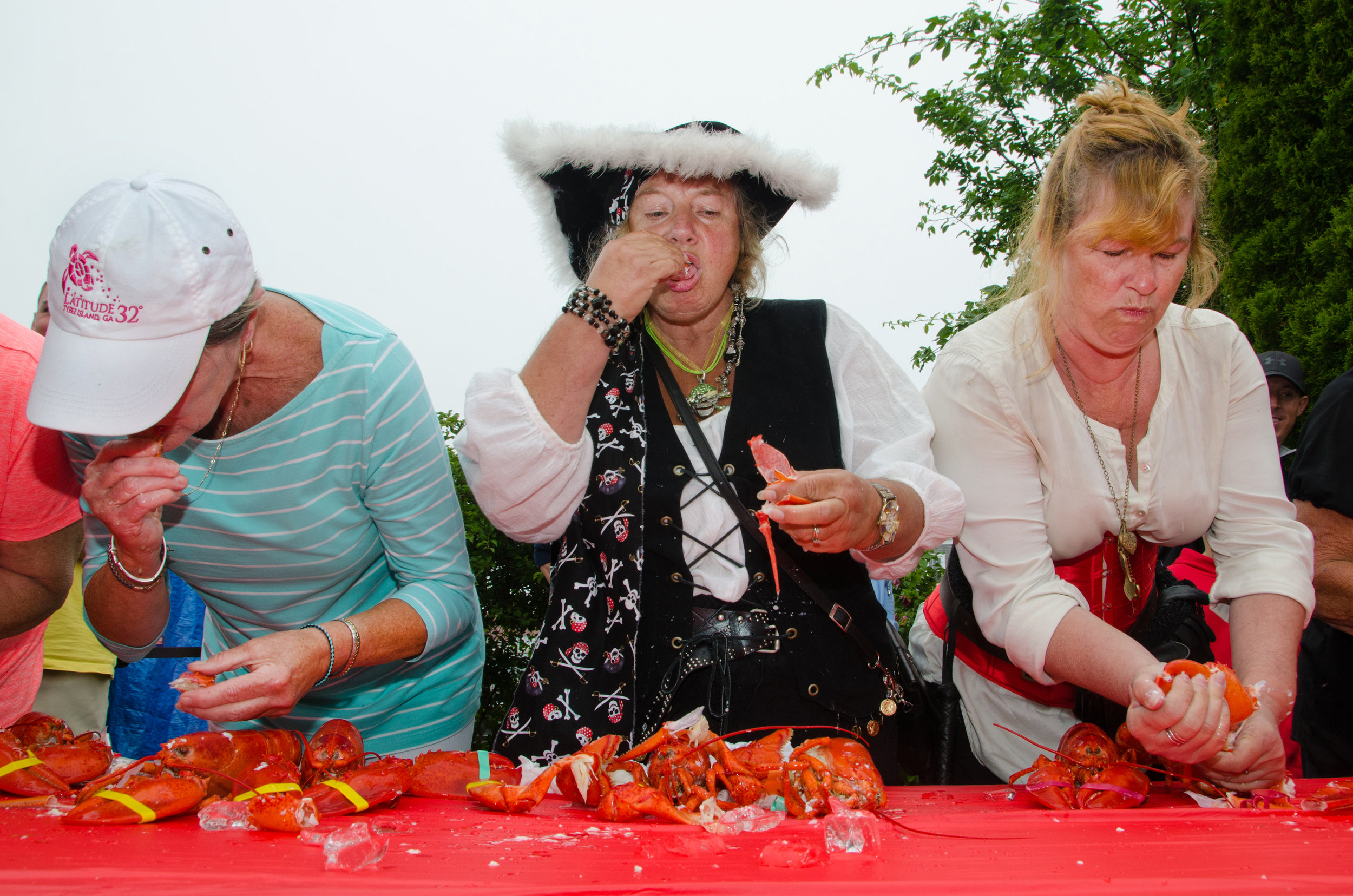 Lobster Eating-1.jpg