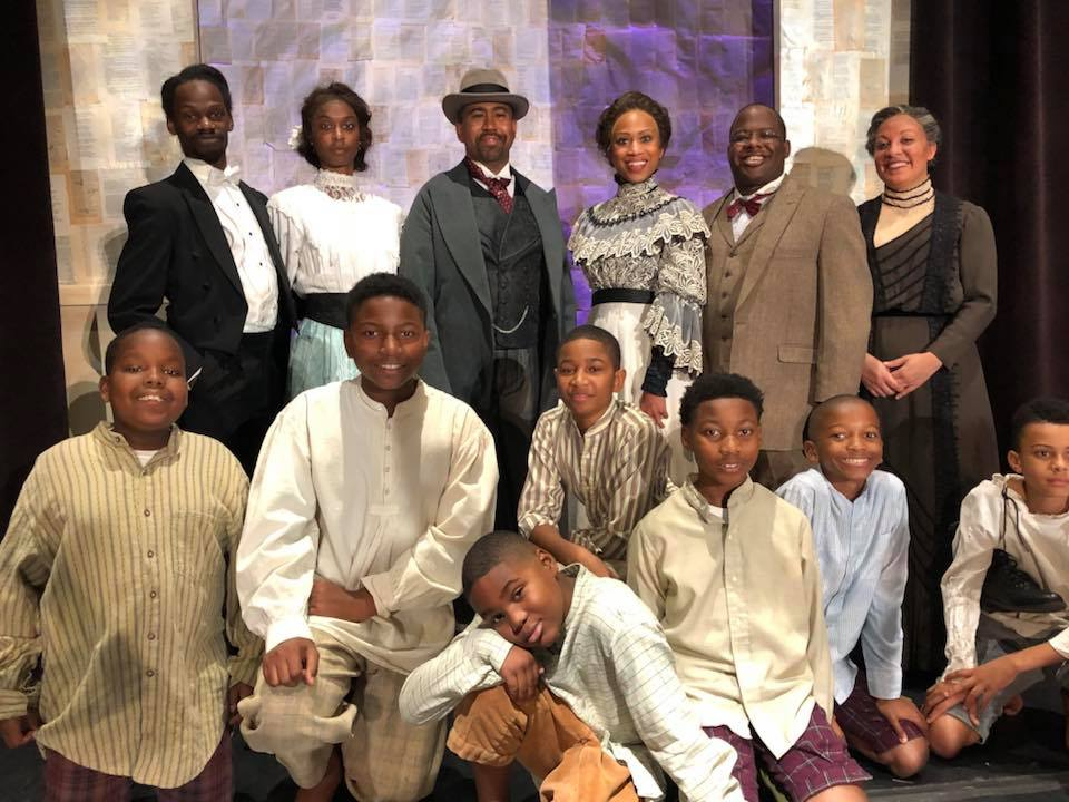 The Poet In Chicago Cast Members