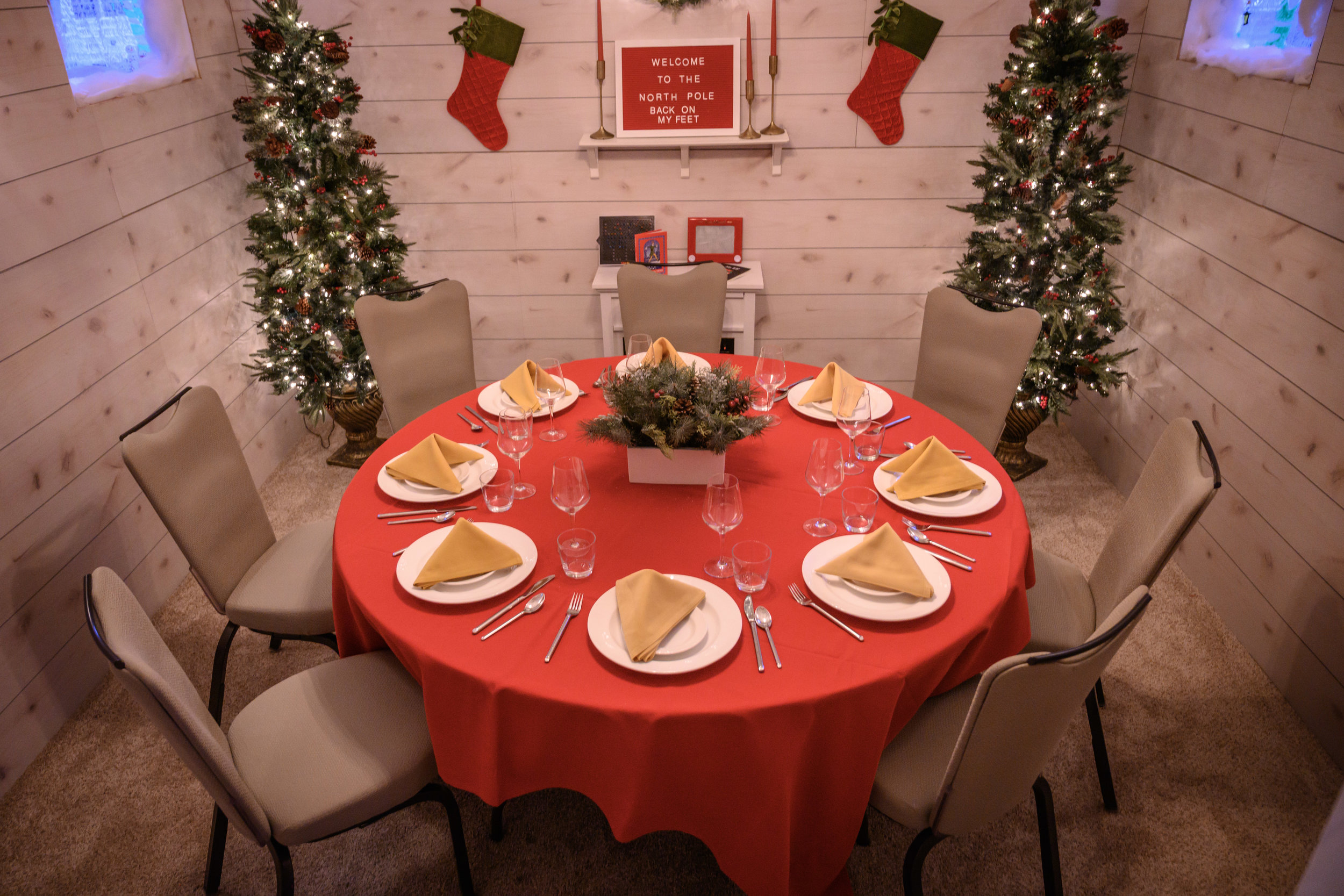 Gingerbread house can accommodate up to 12 guests.