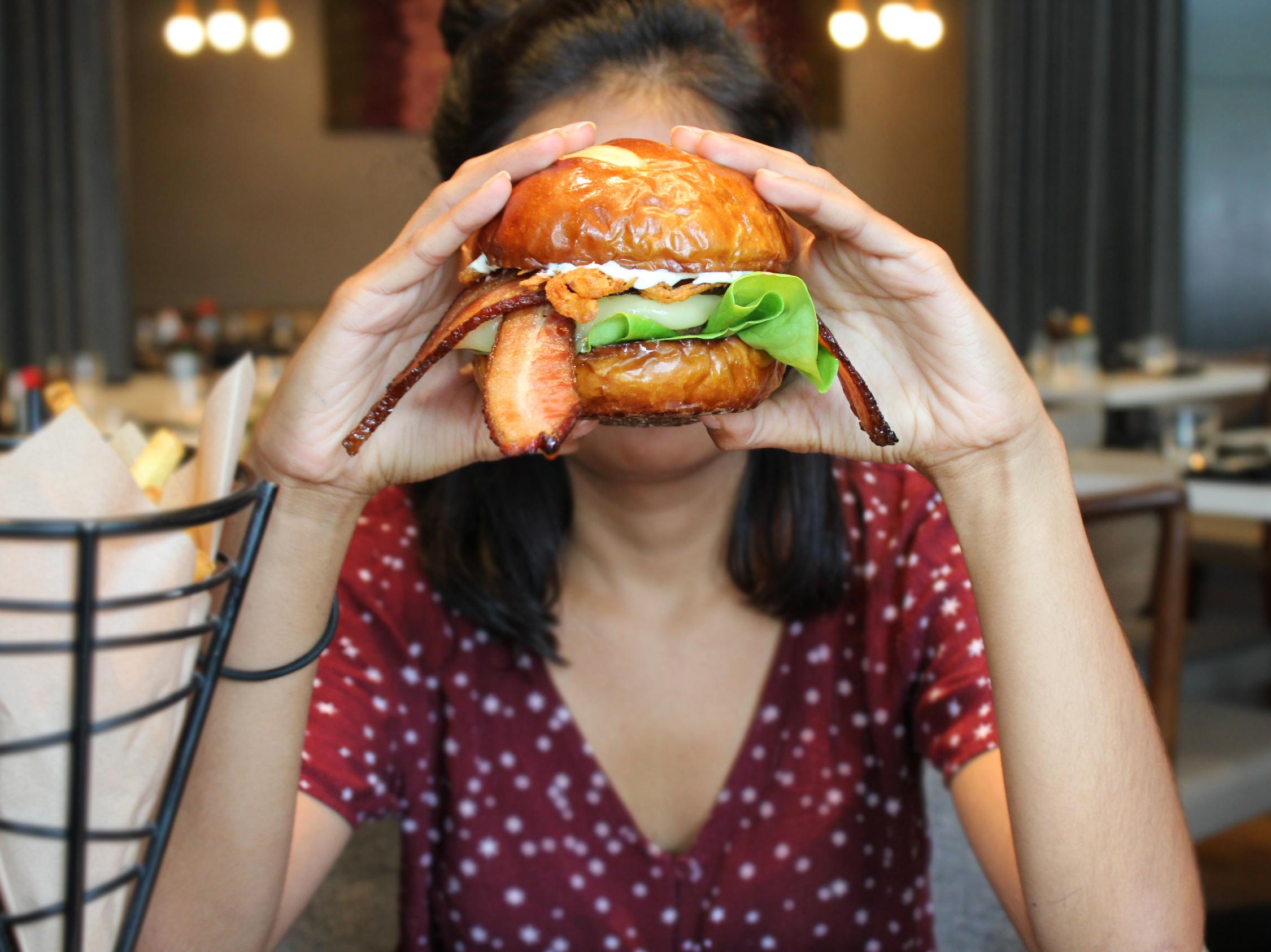 Stella San Jac's Famous Cheeseburger