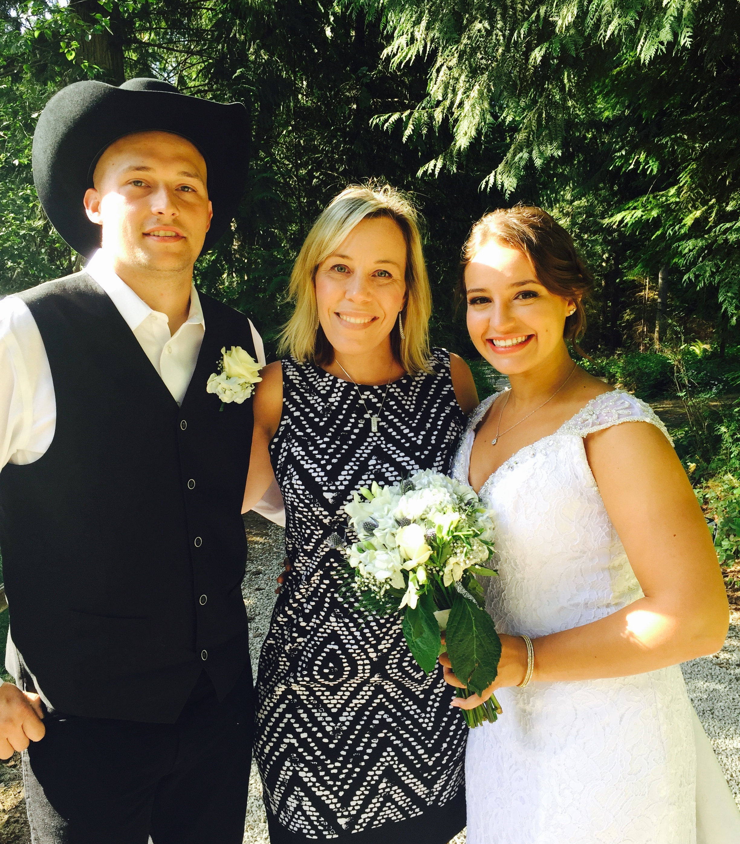 officiant, olympic peninsula, wedding