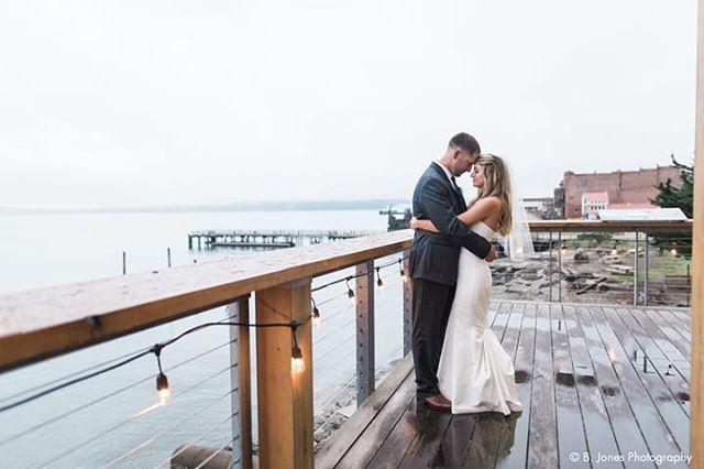 In Port Townsend an overcast, rainy day makes for a dreamy, magical wedding day 💕 authentically your day at @nw_maritime ⛵☔⚓// 📸 @bjonesphotos #weddingsacrossthesound #northwestmaritimecenter #porttownsend #weddingvenue #pnwwedding