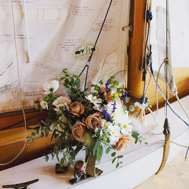 Beautiful bouquet from our friends at @sweetseedflowers from a wedding at @nw_maritime  @Mel jentzsch📷 Great partners in #weddingsacrossthesound  working together to create beautiful wedding moments. #porttownsendweddings #olympicpeninsula #olympicpeninsulawedding #loveacrossthesound @enjoyporttownsend @theolympicpeninsula