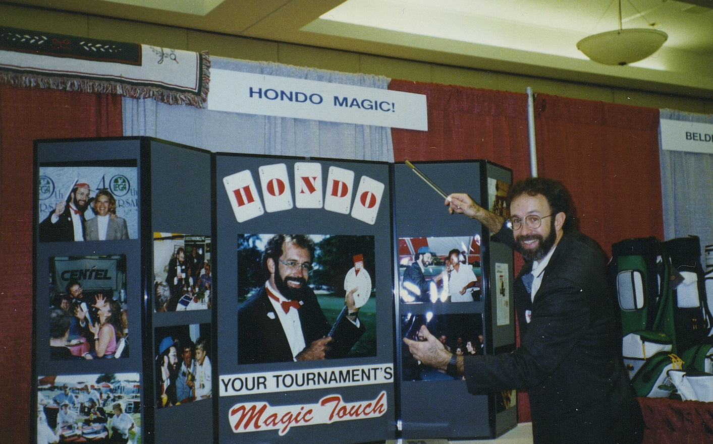 Hondo golf trade show display.jpg
