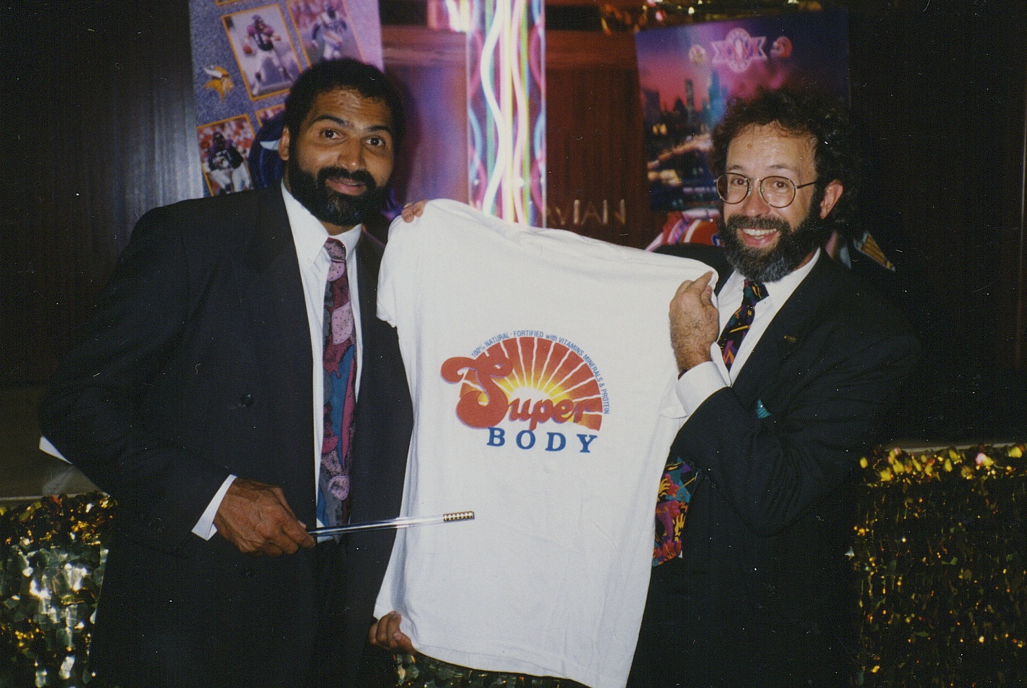 Hondo celebrity Franco Harris Super Bakery gig.jpg
