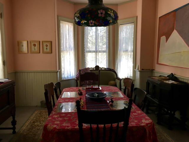 River_Dreams_Dining_Room.jpg