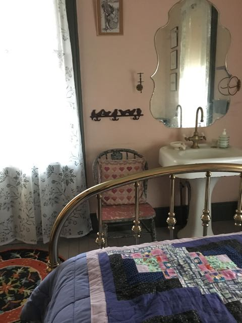River_Dreams_Guest_Room4.jpg