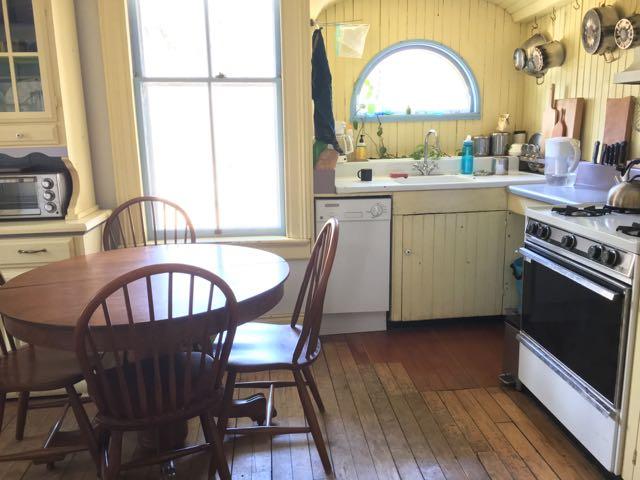 River_Dreams_Kitchen.jpg