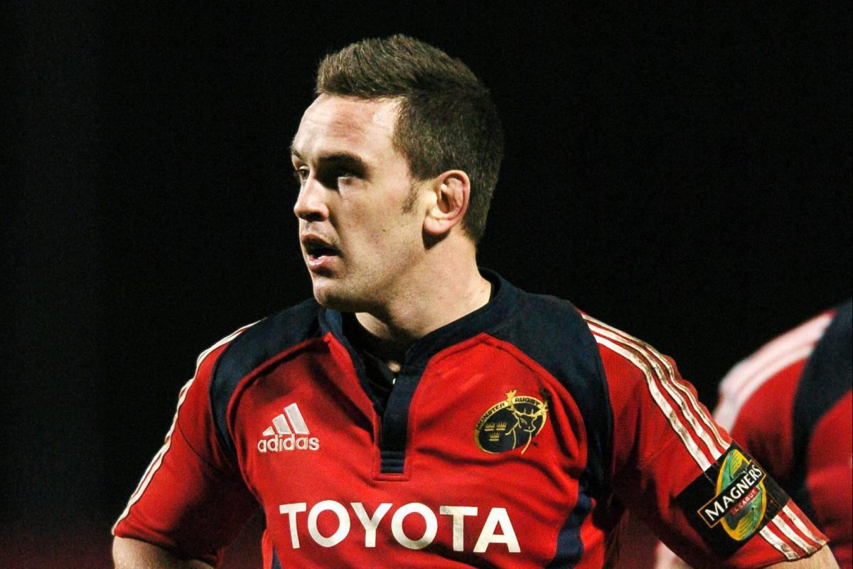 On Episode #001 Shane went 'Mono e Mono' with former professional rugby player turned entrepreneur and business owner Niall Ronan, pictured here during his Munster rugby days.