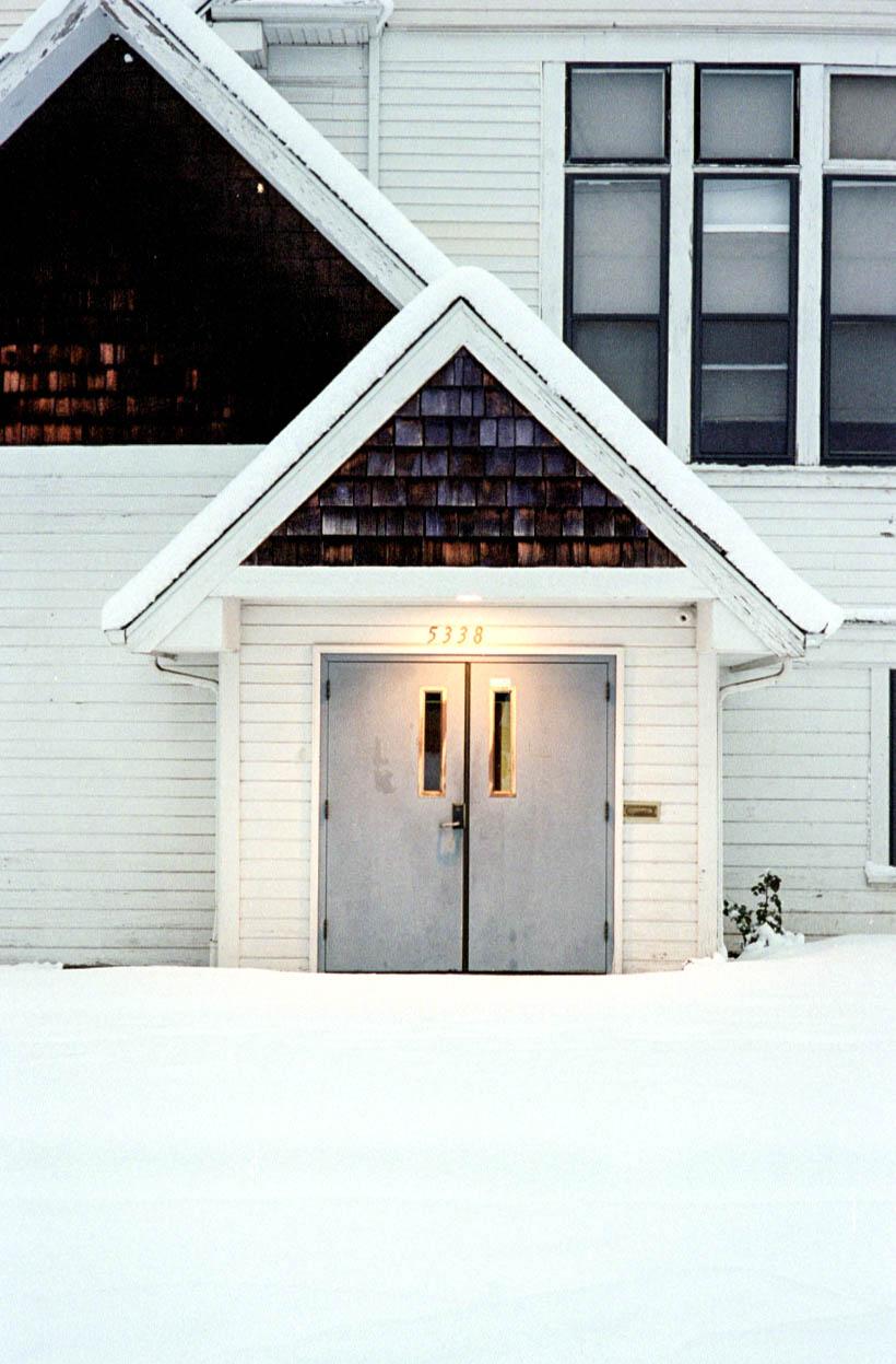 M7-113.pdx.church_snow.jpg