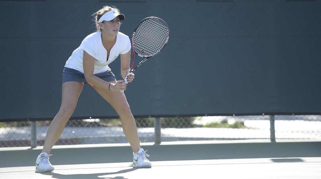 woman+tennis-1.png