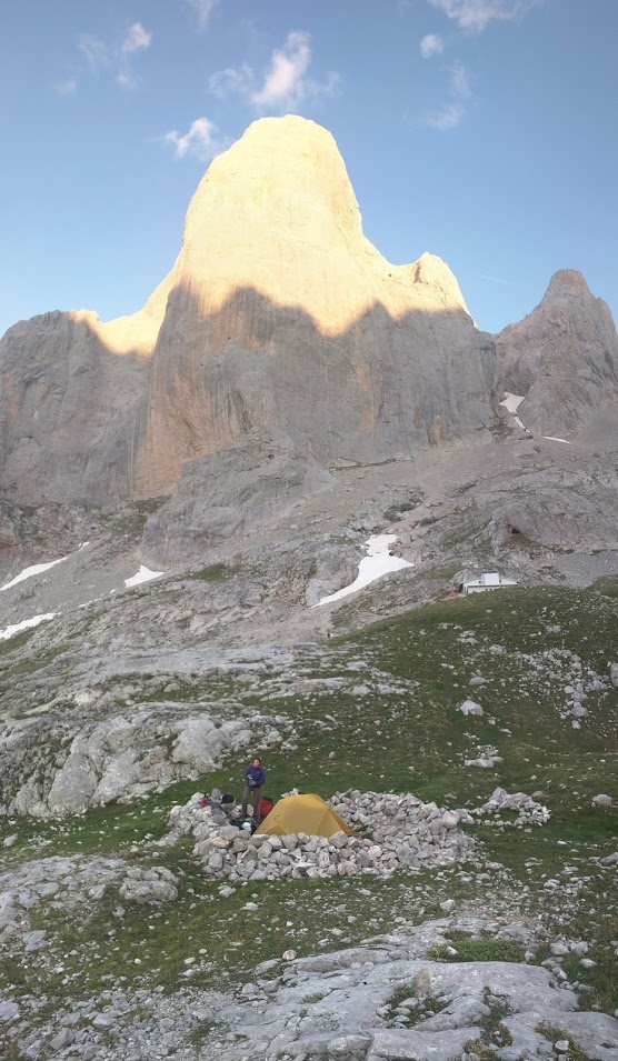 Our campsite below the Naranjo de Bulnes - the refugio is the white building to the right. Cold beer was 2.50€.
