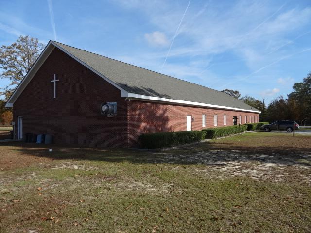 willowlake+church.jpg
