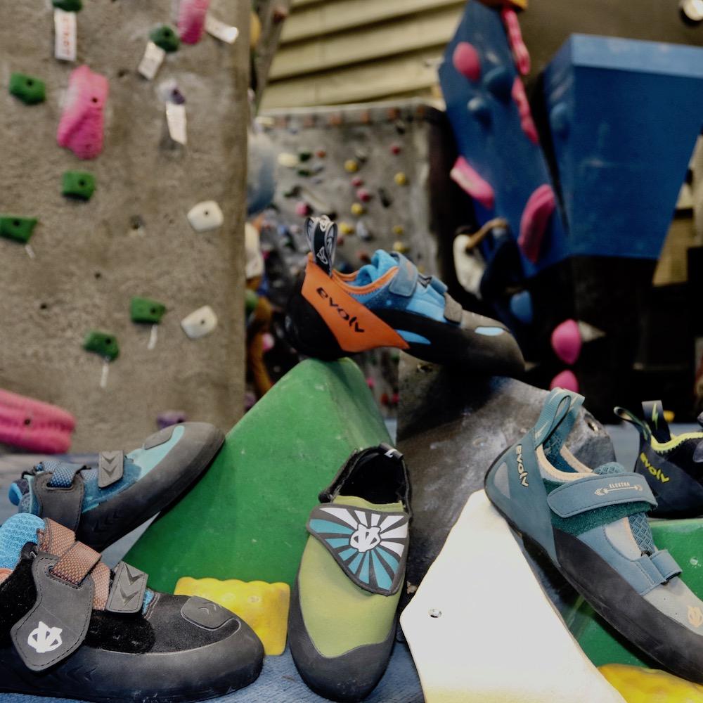 evolv-shoes.jpg