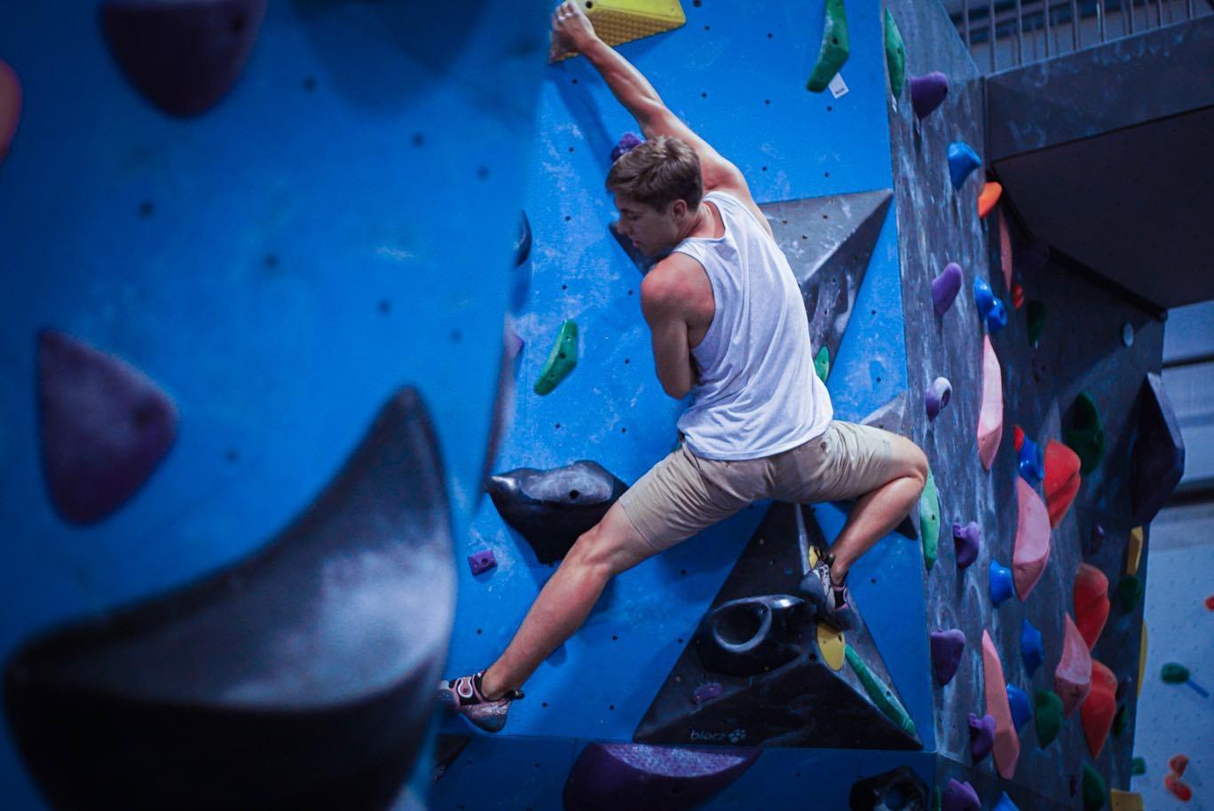 bailey-moro-bouldering.jpg