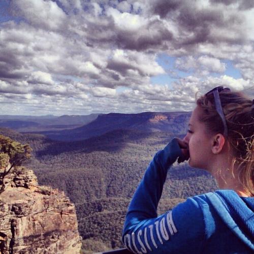Tara overlooking the Blue Mountains!