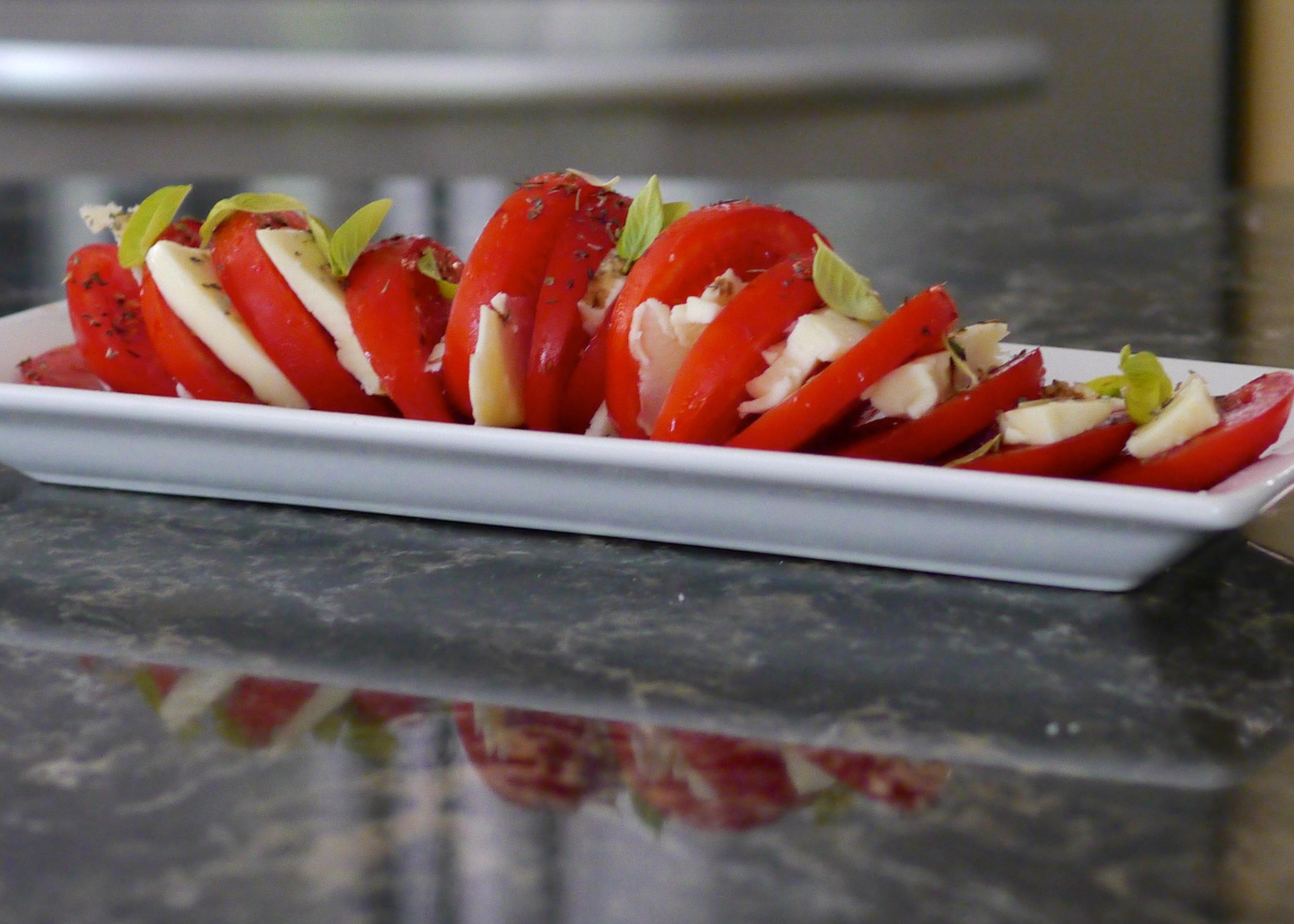 tomato_season_1_566451.jpg