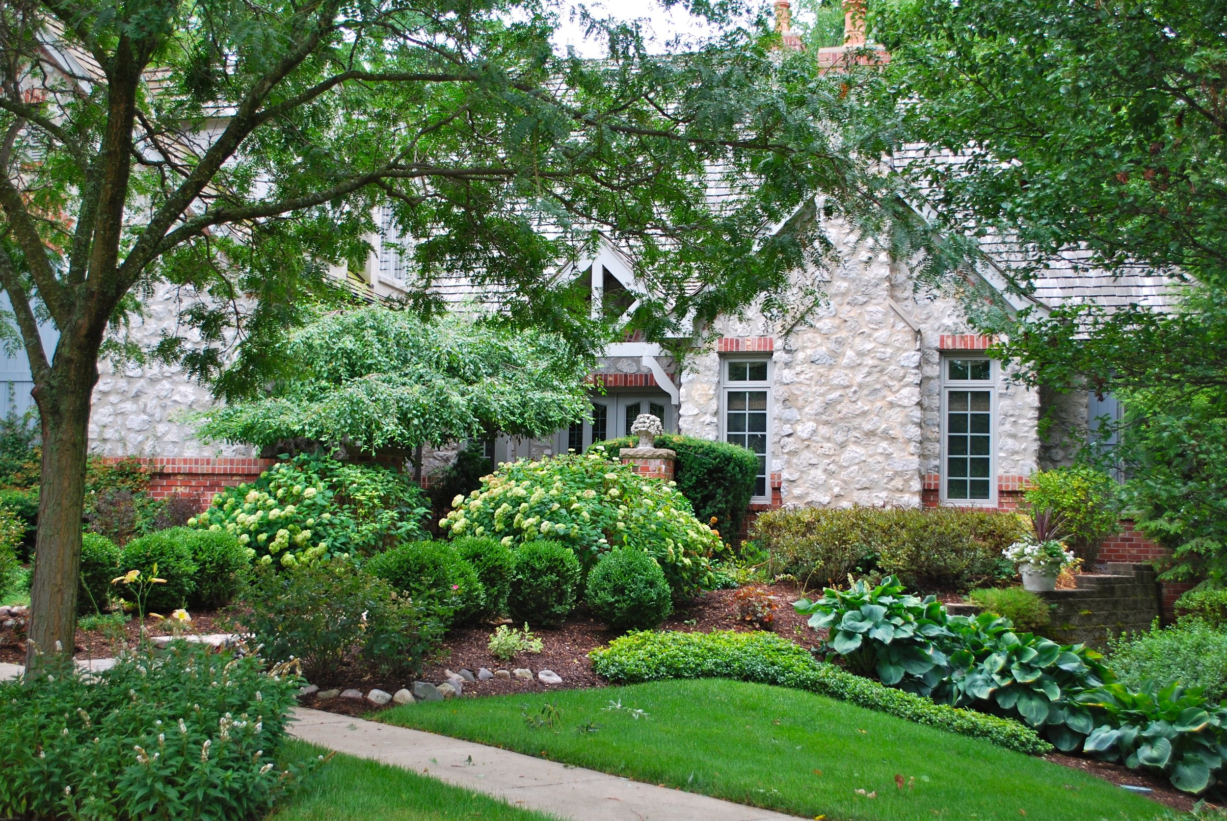Favorite Home for Many in Downtown Geneva IL. 60134.  Creekside Manor in Downtown Geneva IL. By Southampton Builders LLC.