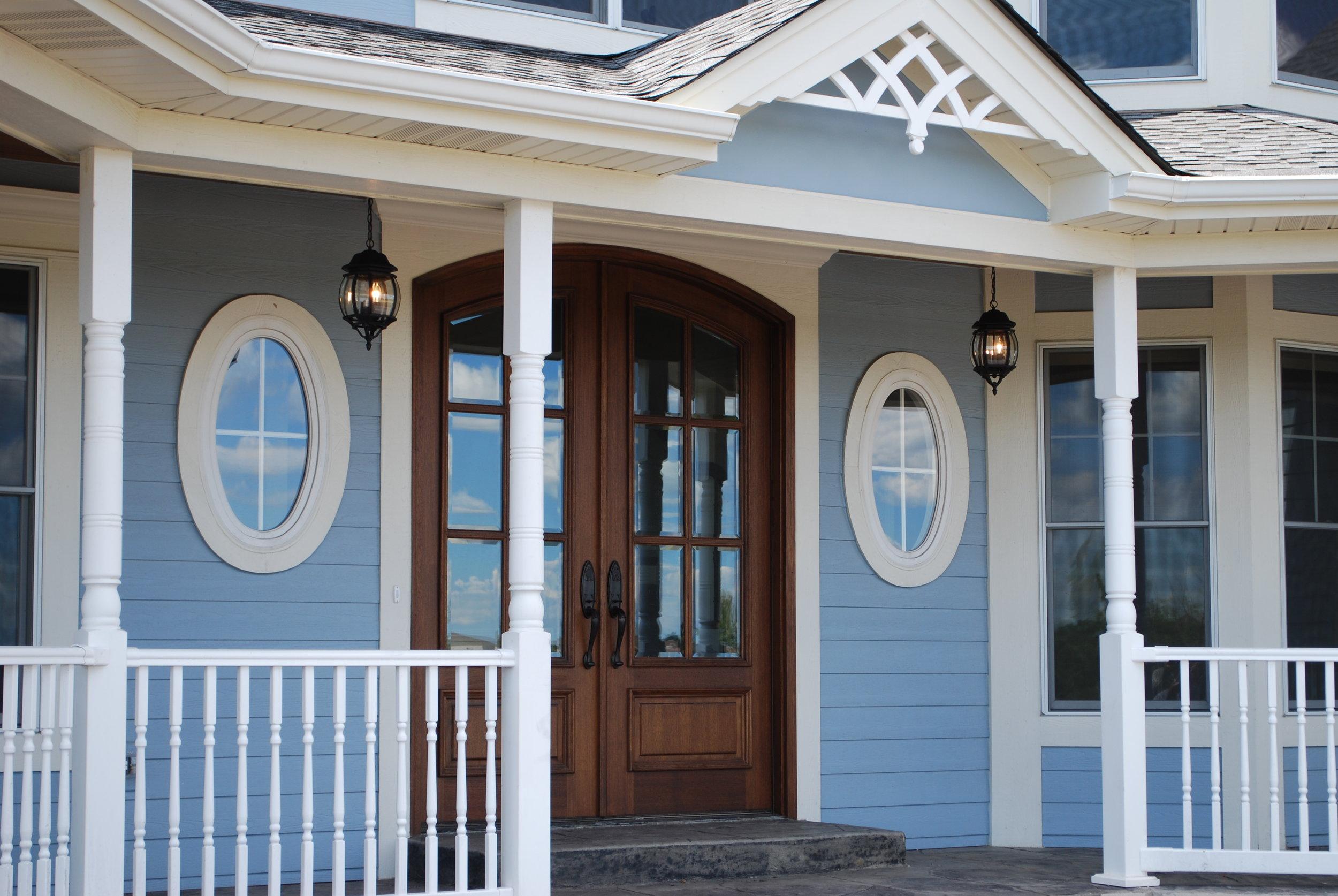 Custom Entrance Front Porch by Southampton Builders LLC.