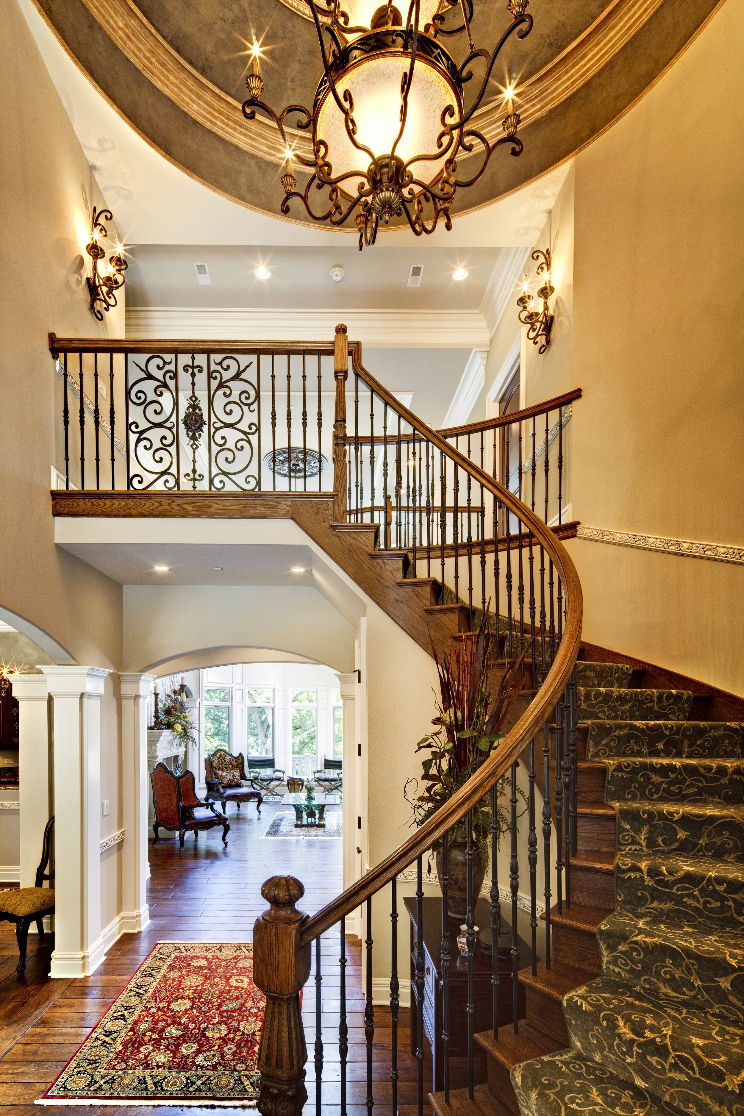 CUSTOM CURVED FOYER STAIRCASE
