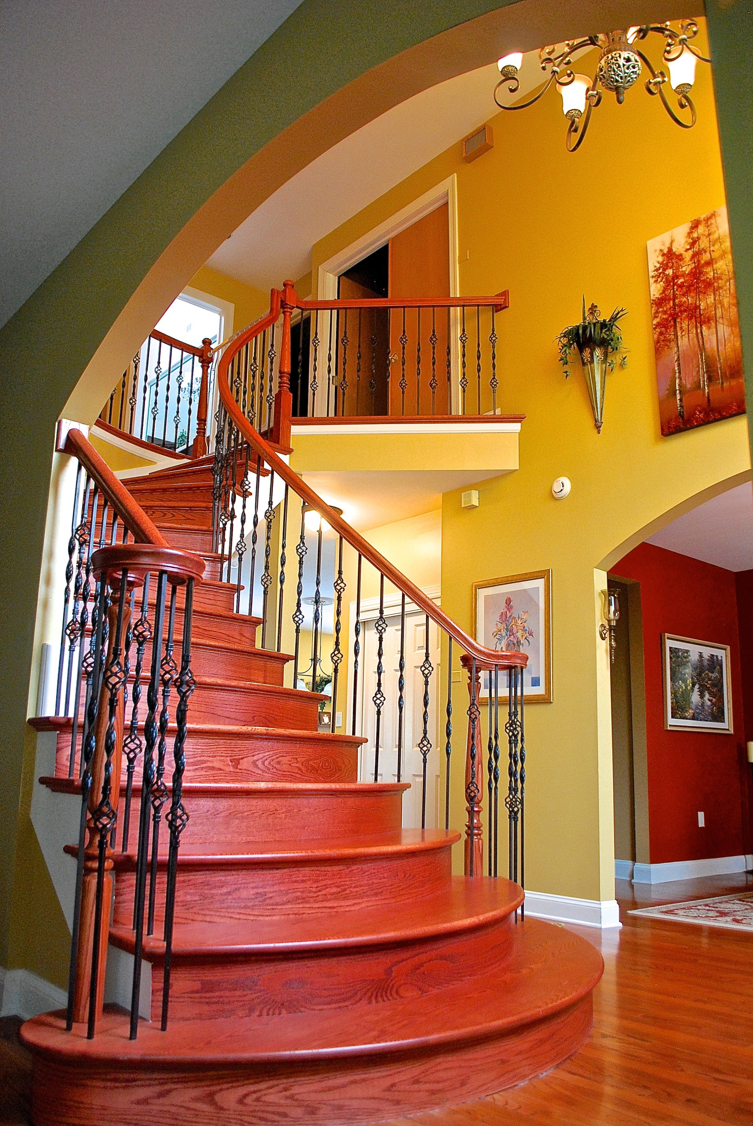 ARCHED STAIR TREADS REMODEL GENEVA IL. 60134