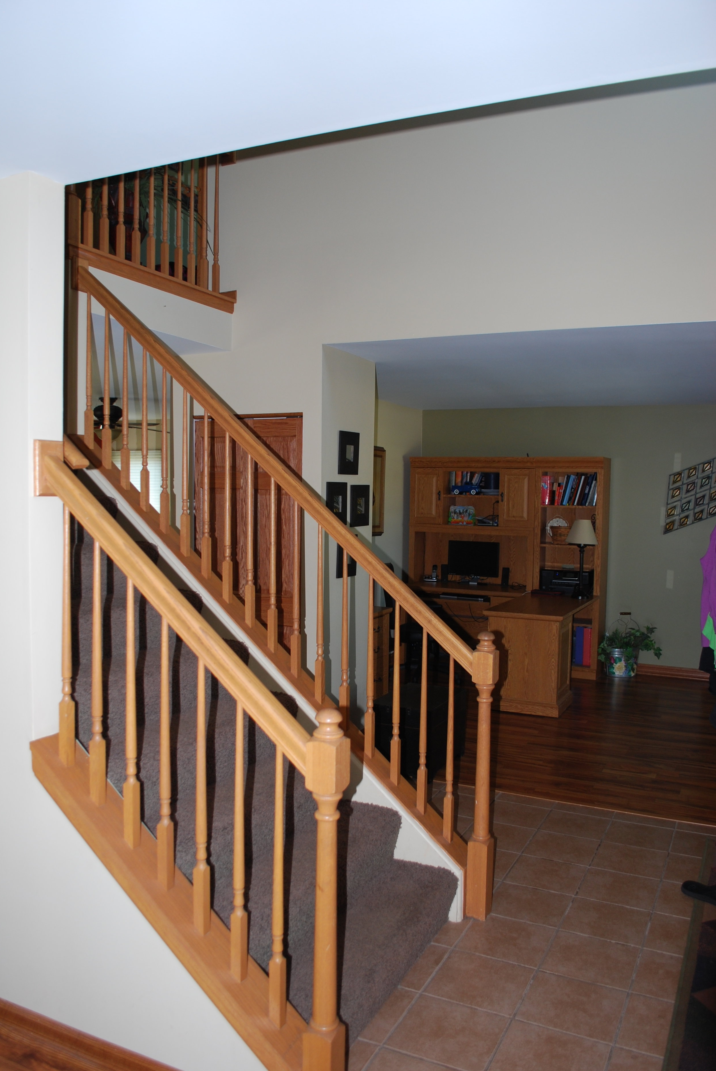BEFORE PHOTO ST. CHARLES IL STAIR CASE REMODEL