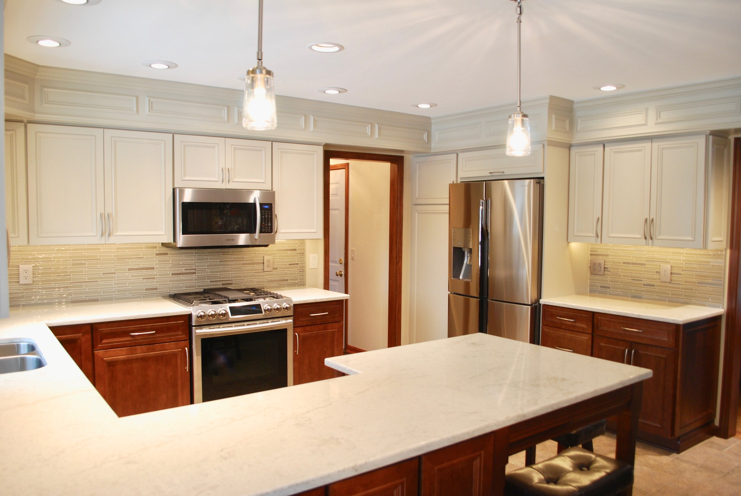 Geneva IL Quartz Counters Kitchen Remodeling