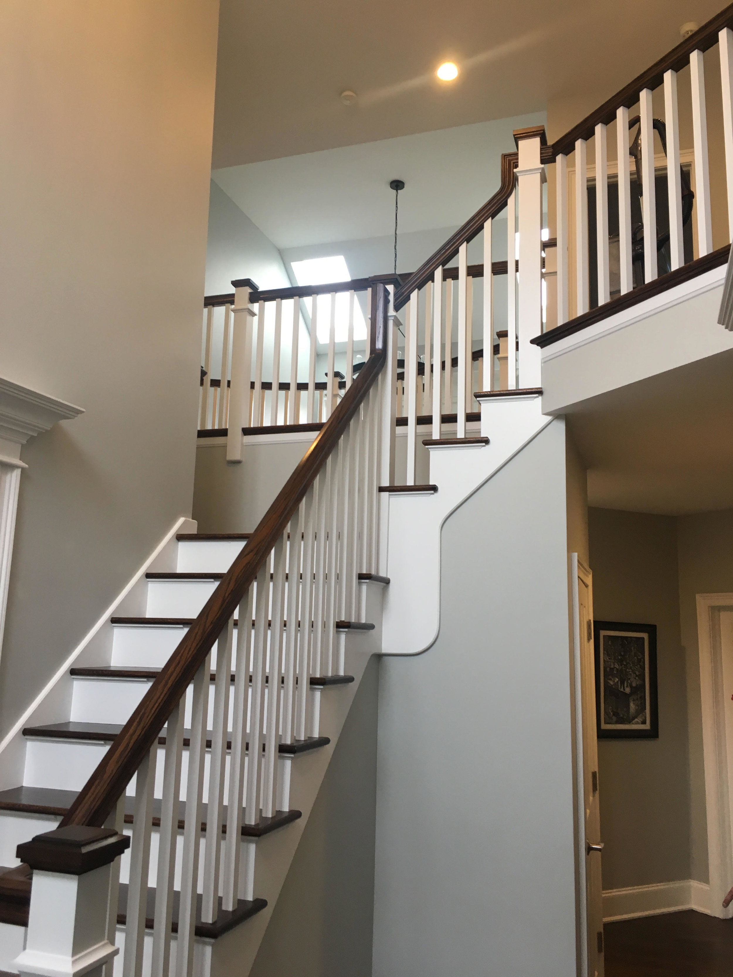 FOYER STAIRCASE REMODELING IN GLEN ELLYN IL.