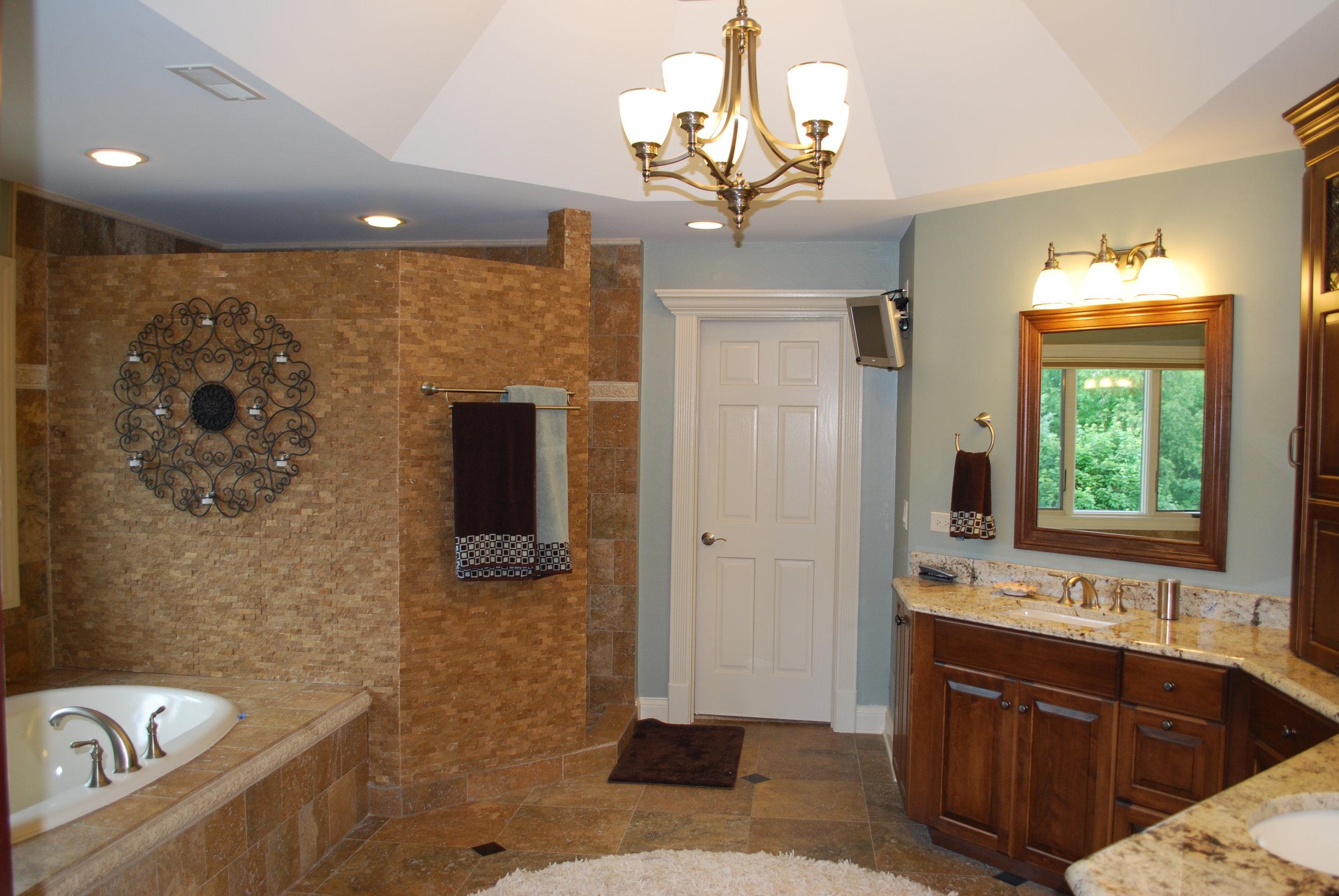 HOME BATHROOM RENOVATIONS SAINT CHARLES IL