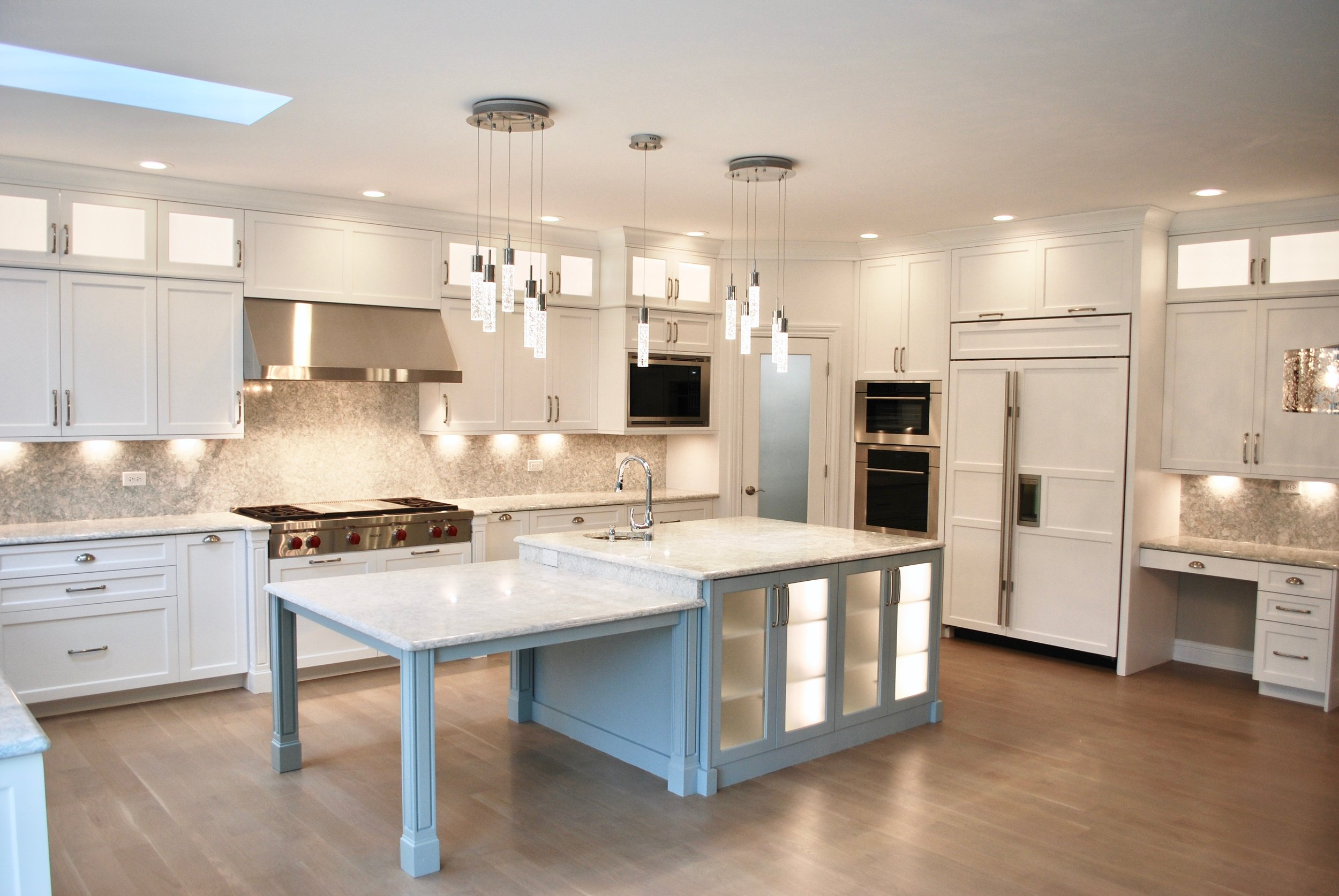 GLEN ELLYN KITCHENS