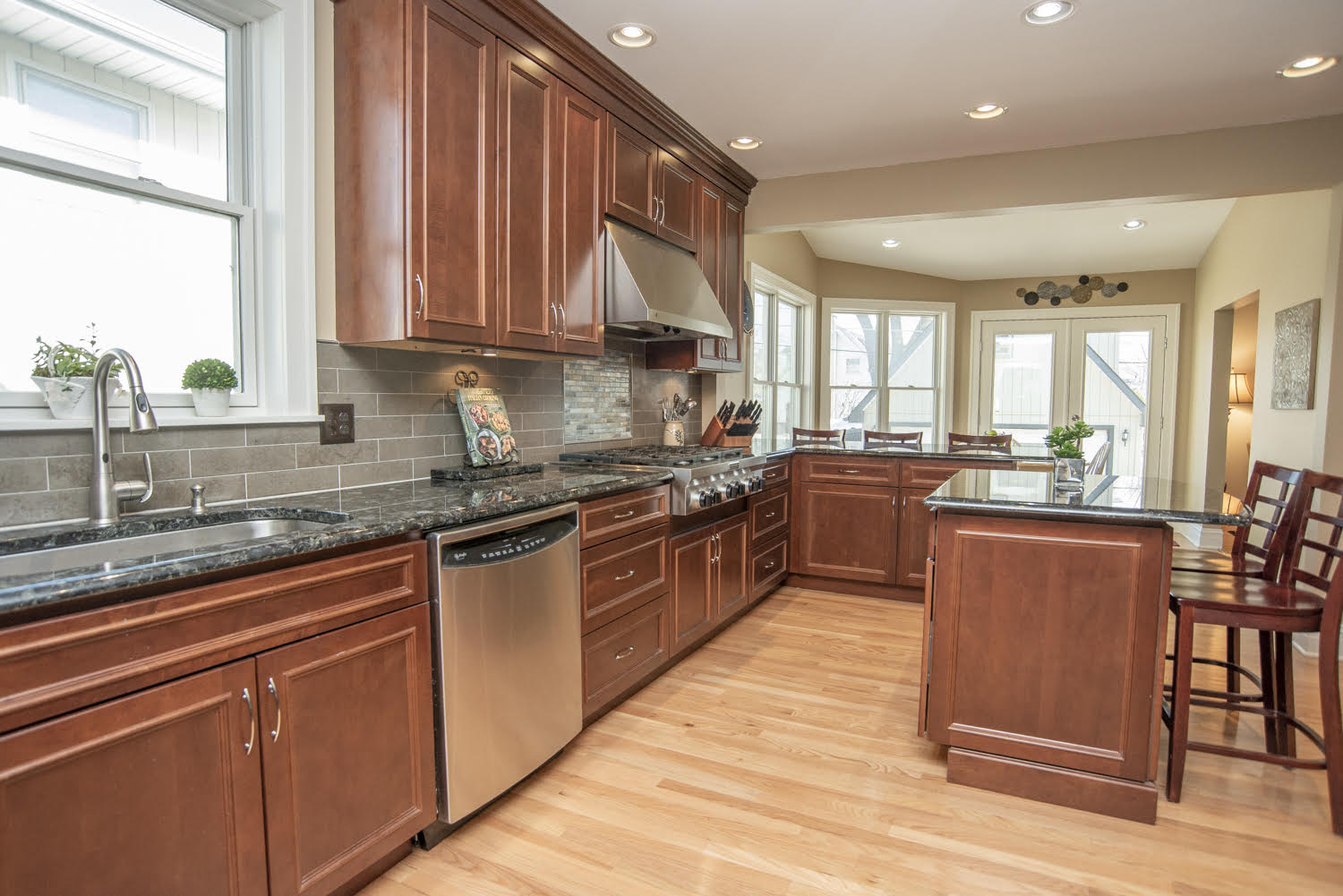 CREATIVE KITCHEN REMODELING IN THIS DOWNTOWN GENEVA IL. HOME BY THE TRAIN STATION. KITCHEN REMODELING IDEAS