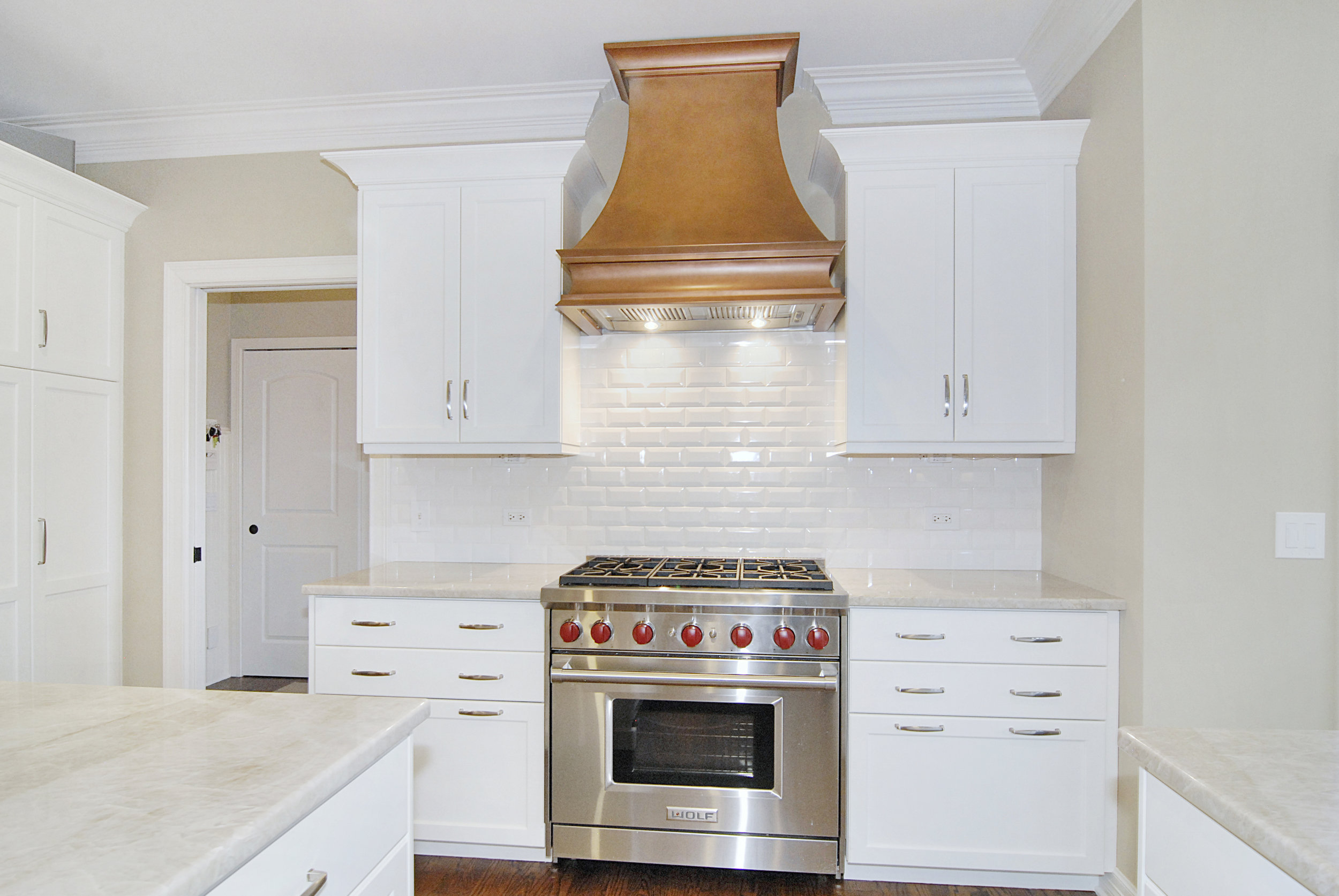 NAPERVIILLE IL KITCHEN HOOD REMODEL WITH COPPER HAMMERED HOOD