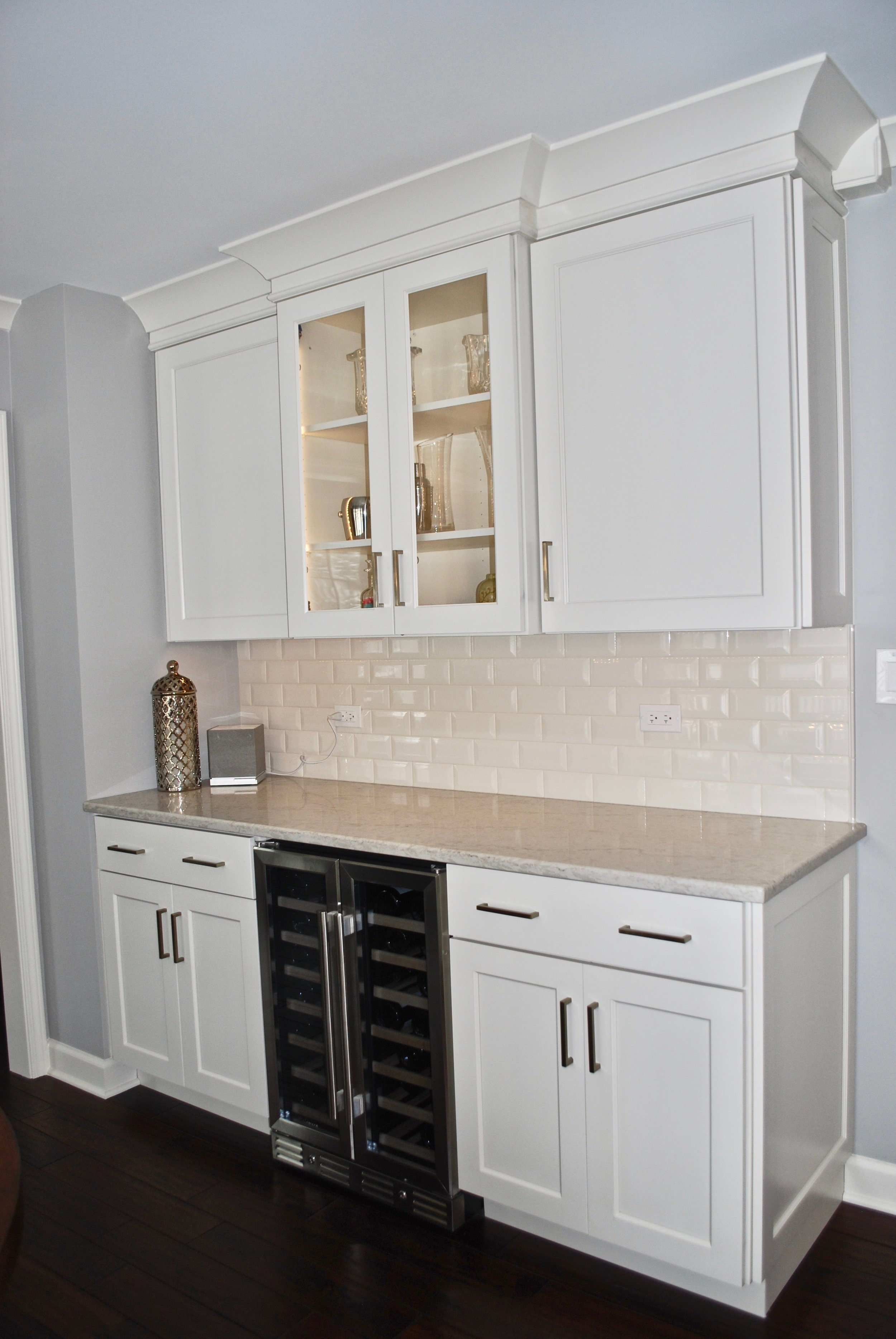 WINE BAR WITH DOUBLE DOOR WINE FRIDGE- IN NAPERVILLE KITCHEN REMODEL