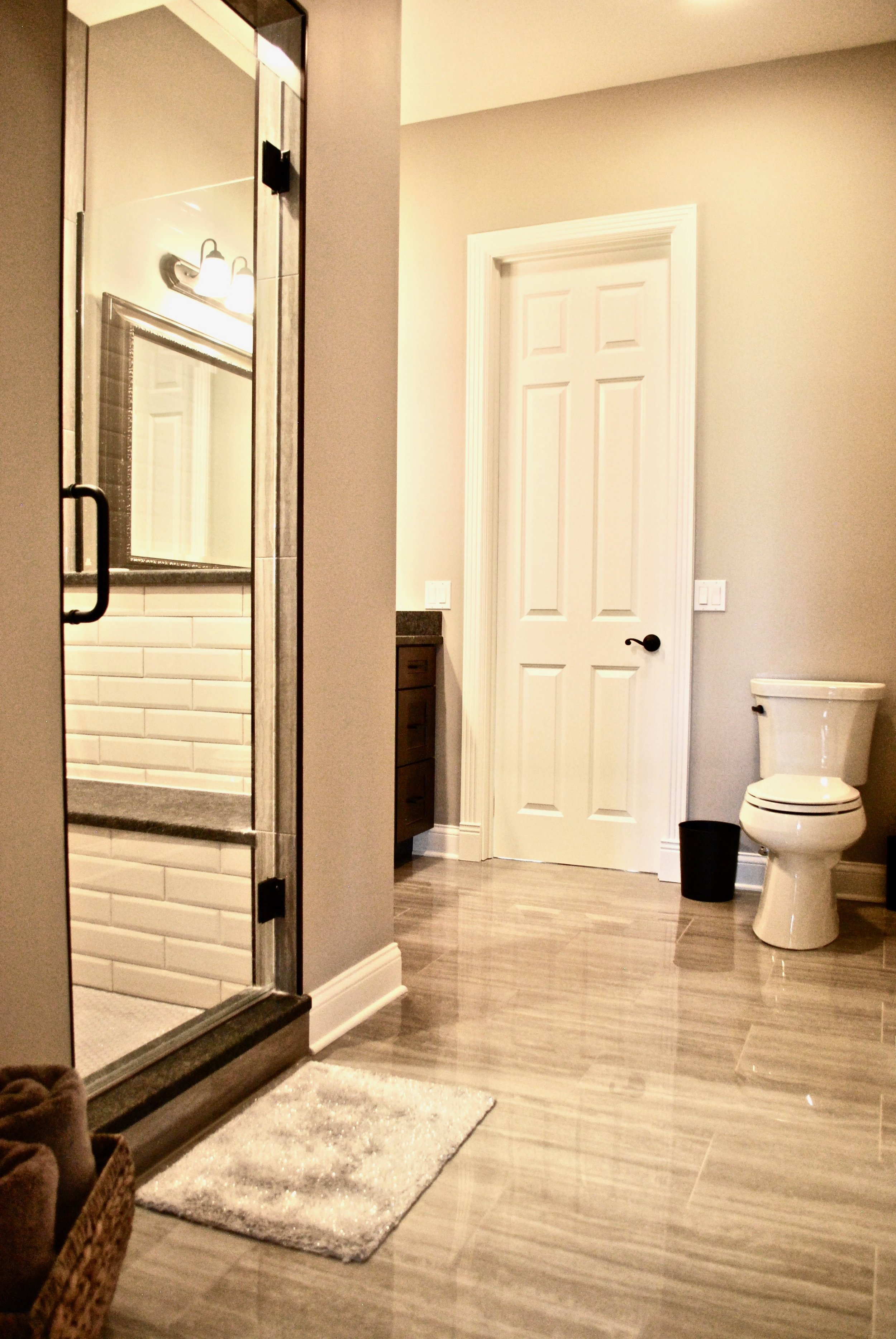Transitional Bathroom Design in St. Charles & Naperville Illinois. Looking for a bathroom contractor? looking to add an addition to your current house for first floor master suite? Call Southampton for all your remodeling & Renovation needs!