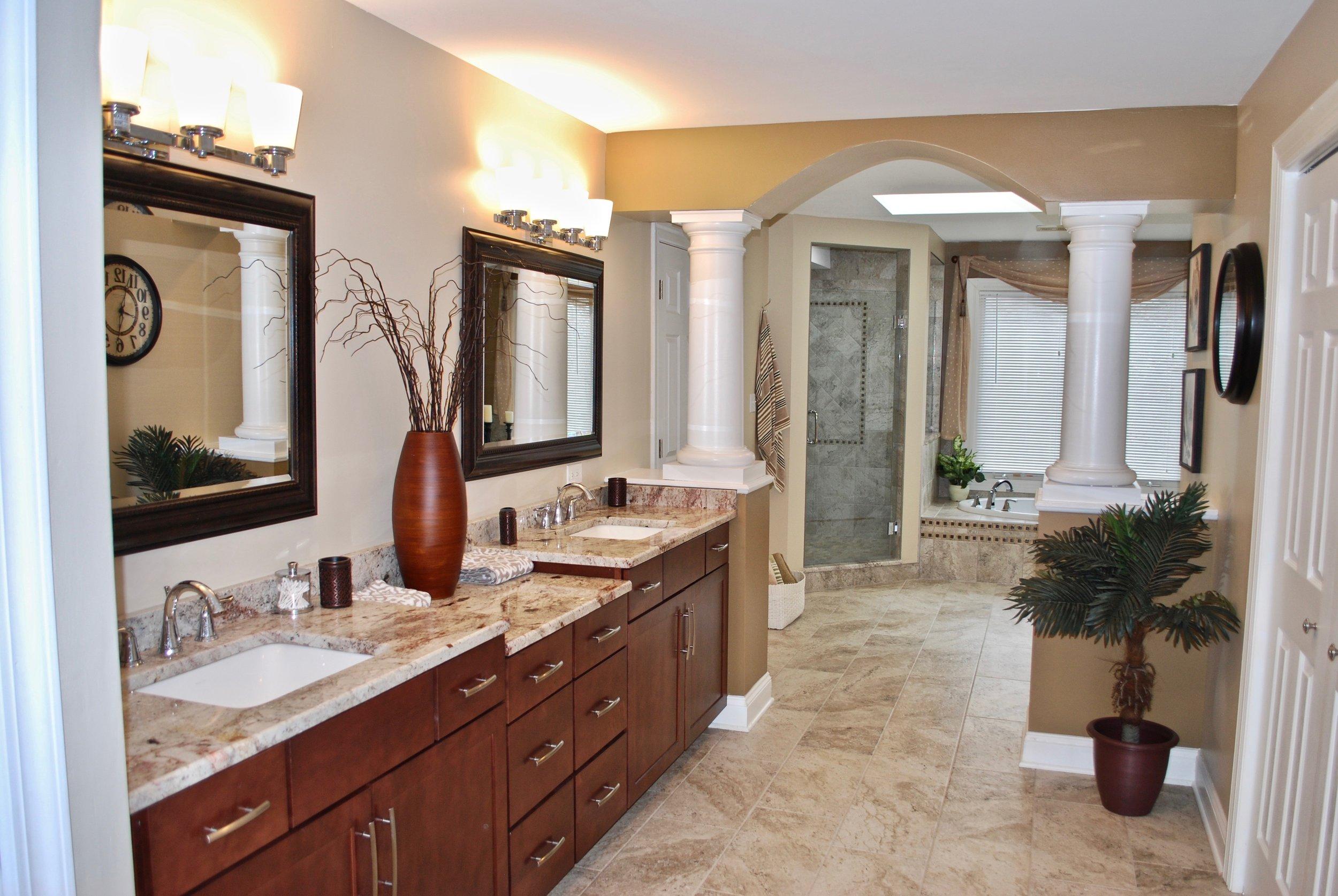 Geneva Illinois Bathroom Vanity Replacement & Updating