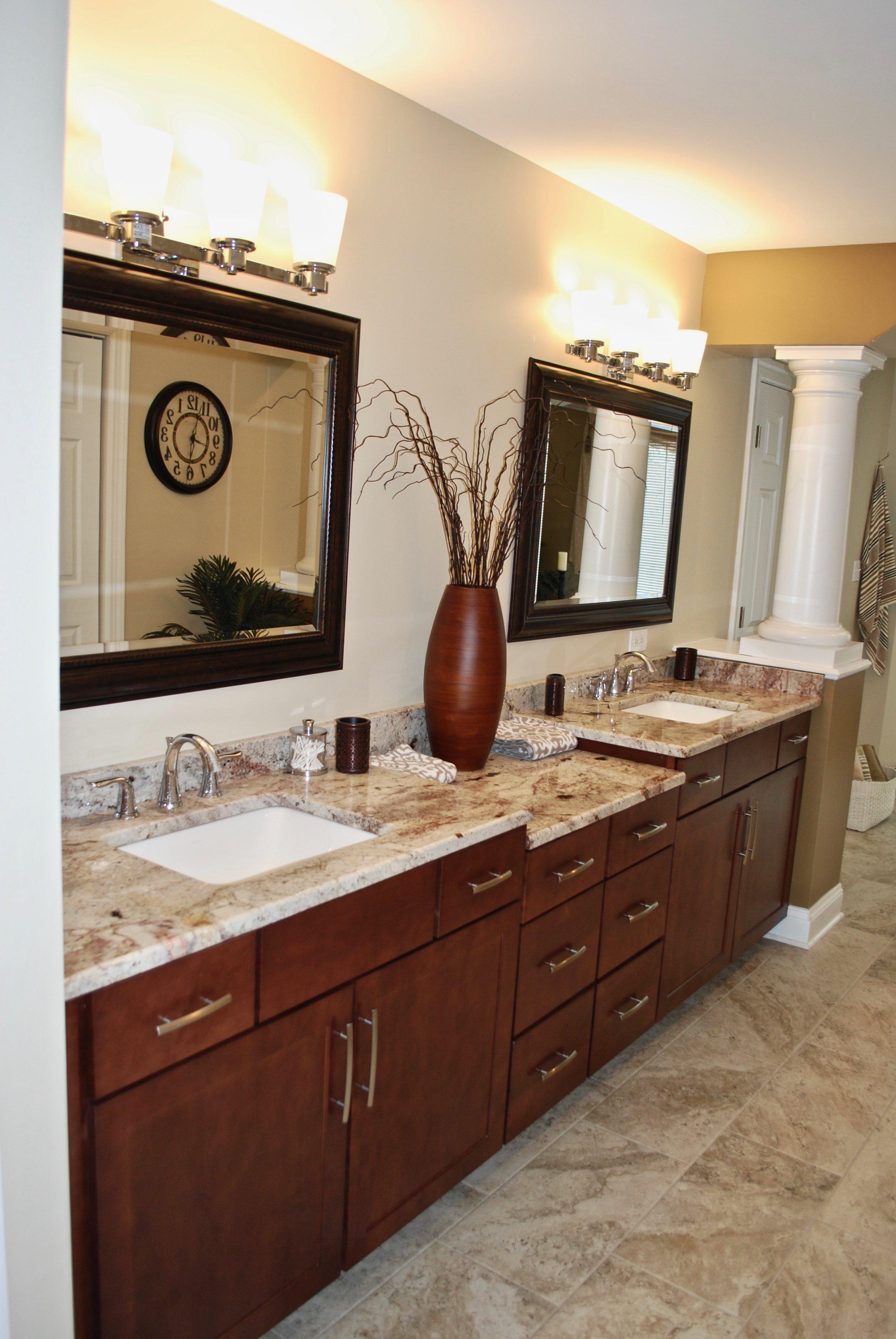 Bathroom Remodeling in Geneva IL. Painted Vanities & New Cabinets