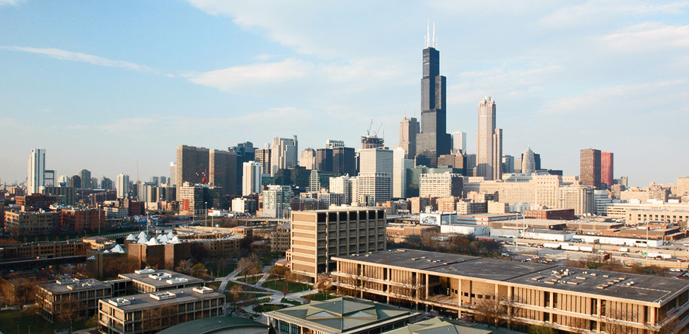 University of Illinois at Chicago - Contact: Todd Lucas▸ Small Group | On Summer Break