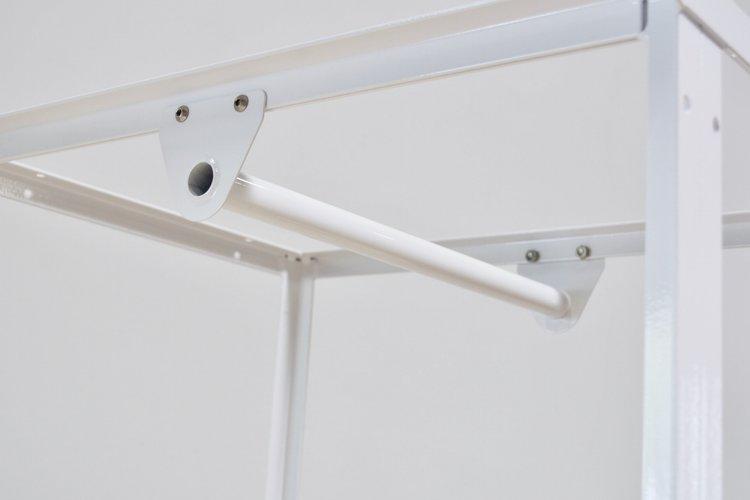 Workshop CA Hangbar White 2